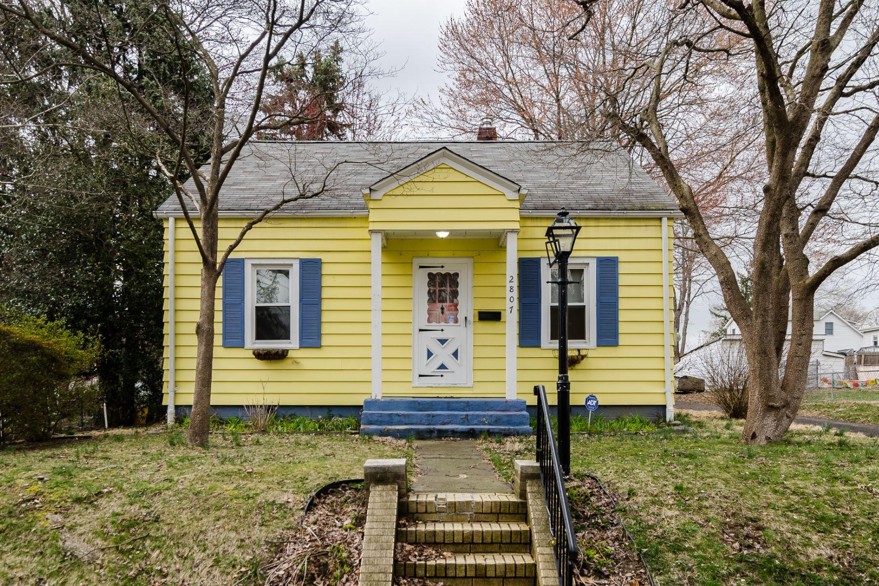 一戸建て のために 売買 アット A Convenient, Smile-Worthy Home in Ewing 2807 Madison Avenue Ewing, ニュージャージー 08638 アメリカ合衆国で/アラウンド: Ewing Township