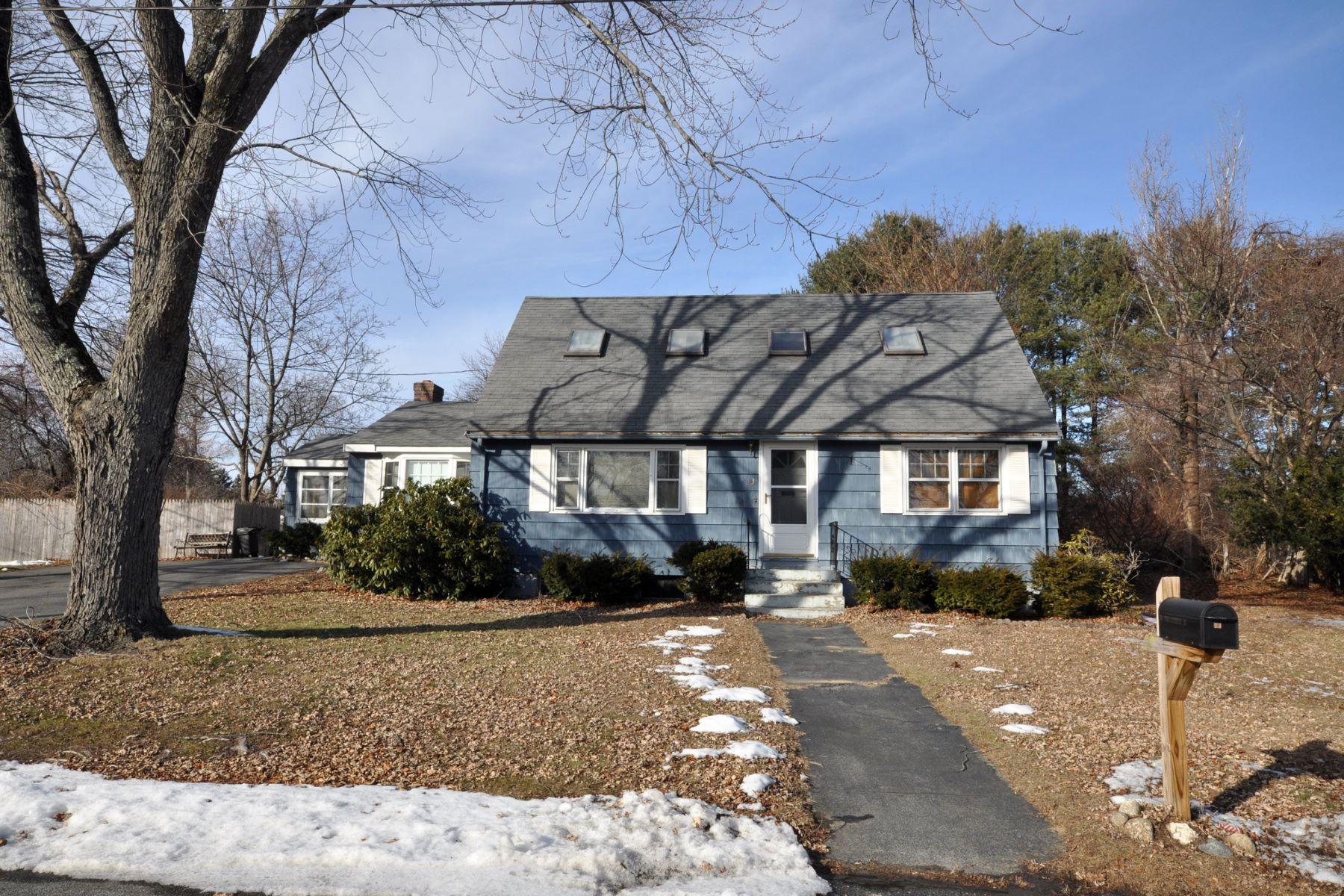 Single Family Homes por un Venta en 23 E Sheppard Lane Chelmsford, Massachusetts 01824 Estados Unidos