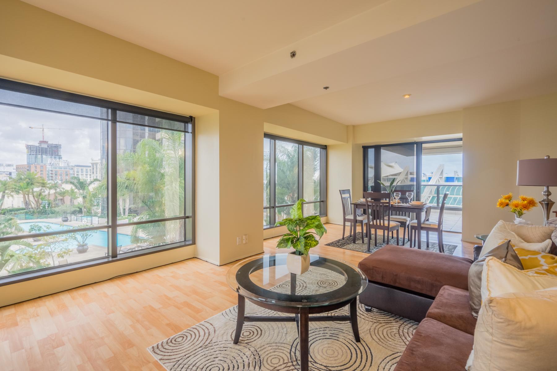 共管式独立产权公寓 为 销售 在 Harbor Club 100 Harbor Drive 806 圣地亚哥, 加利福尼亚州, 92101 美国