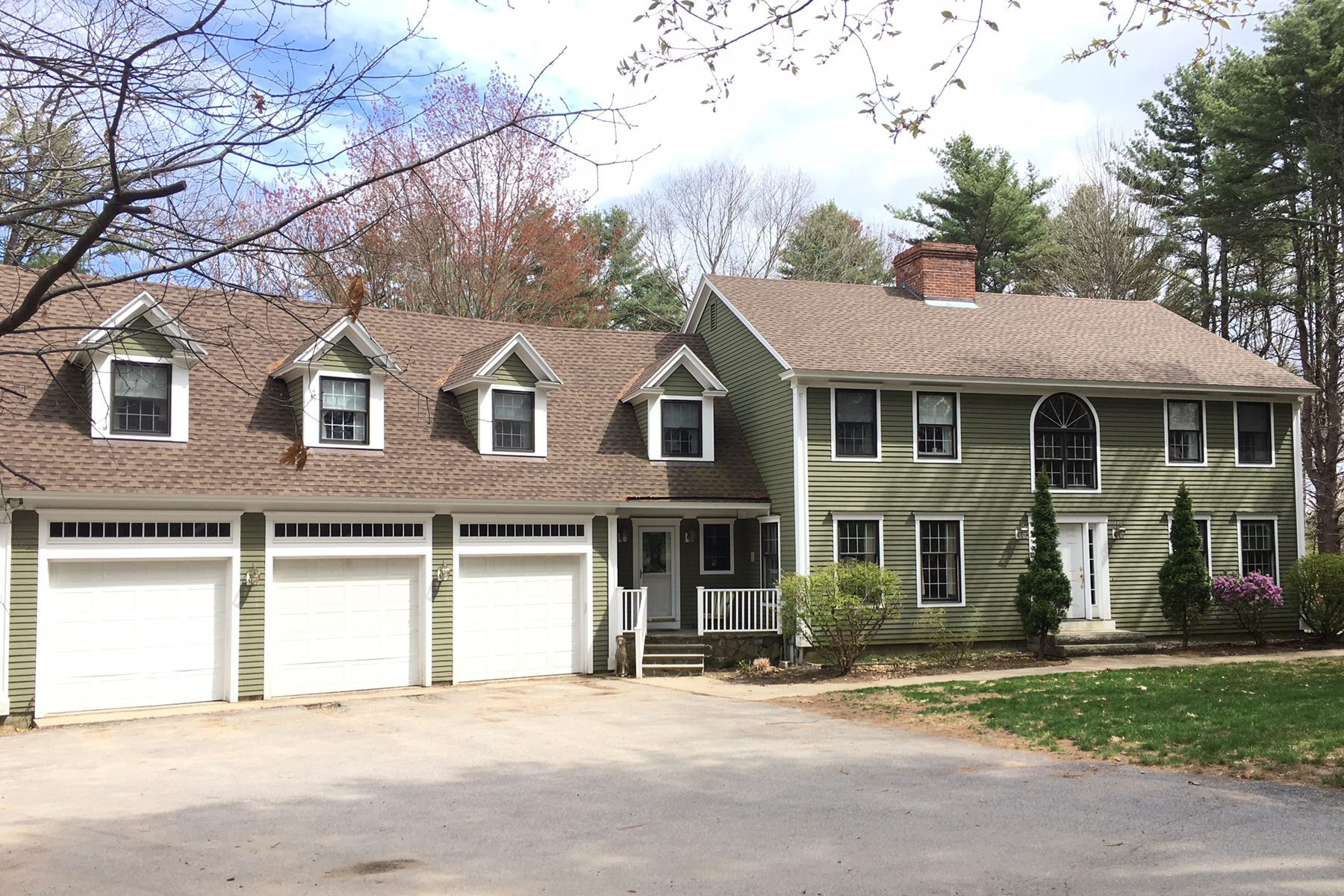 Single Family Home for Sale at 5 Squirrel Lane Kennebunk, Maine, 04043 United States