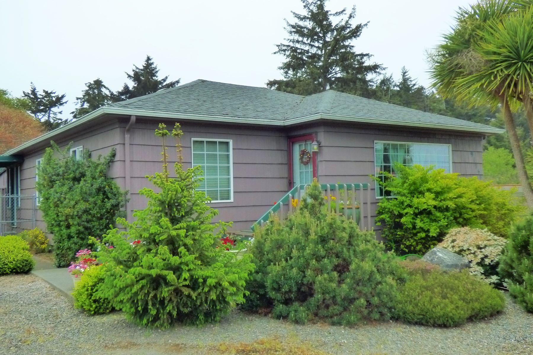 Single Family Homes 為 出售 在 South Coast Cottage 91768 Cape Arago Highway, Coos Bay, 俄勒岡州 97420 美國