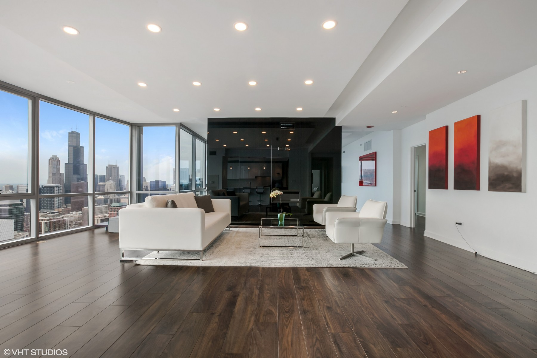 Condominium for Sale at Newly Renovated Condo in the Sky 1201 S Prairie Avenue Unit 5101, Near South Side, Chicago, Illinois, 60605 United States