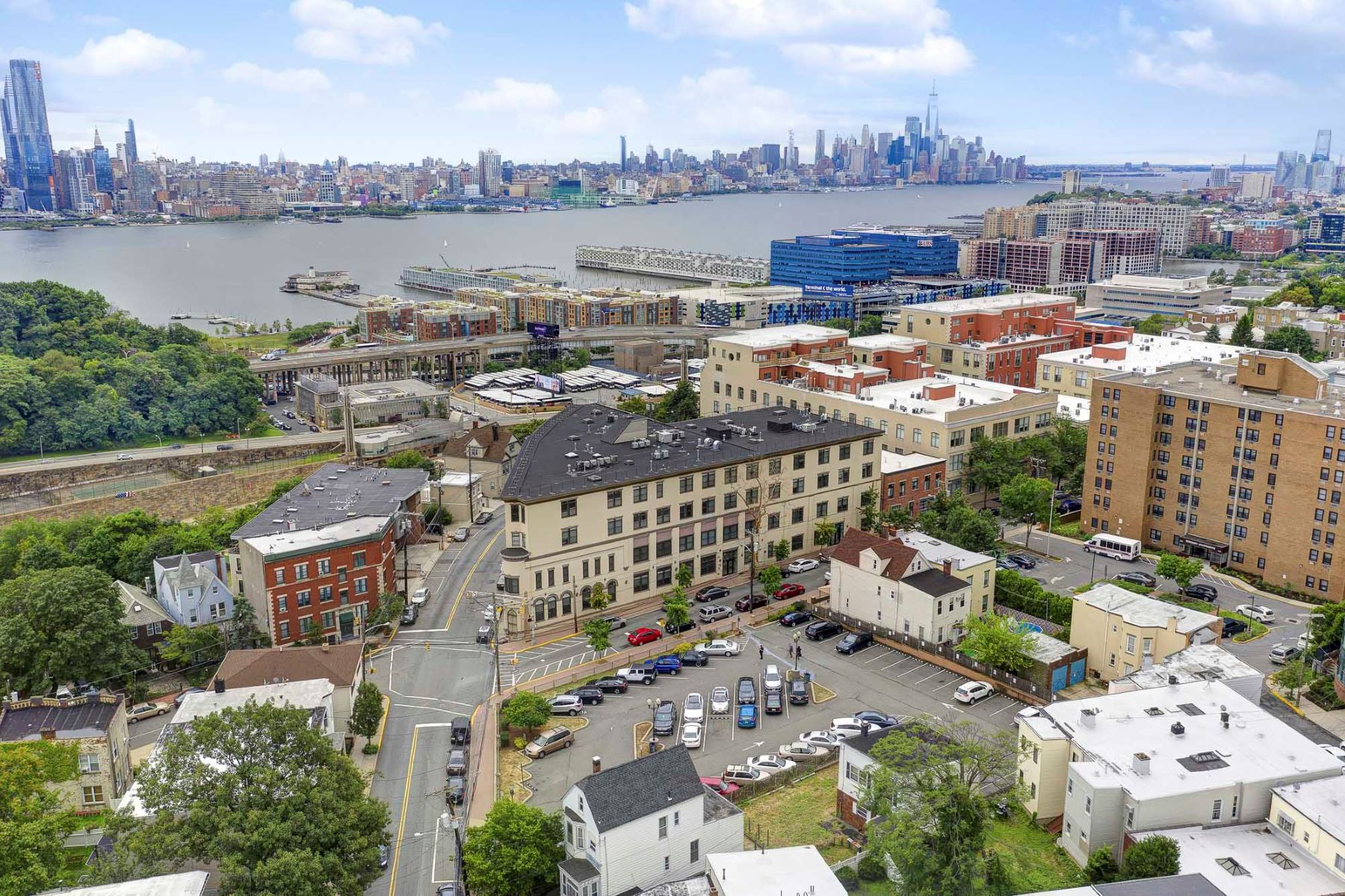 Condominiums for Sale at Spacious and Bright 550-564 Gregory Ave B1, Weehawken, New Jersey 07086 United States
