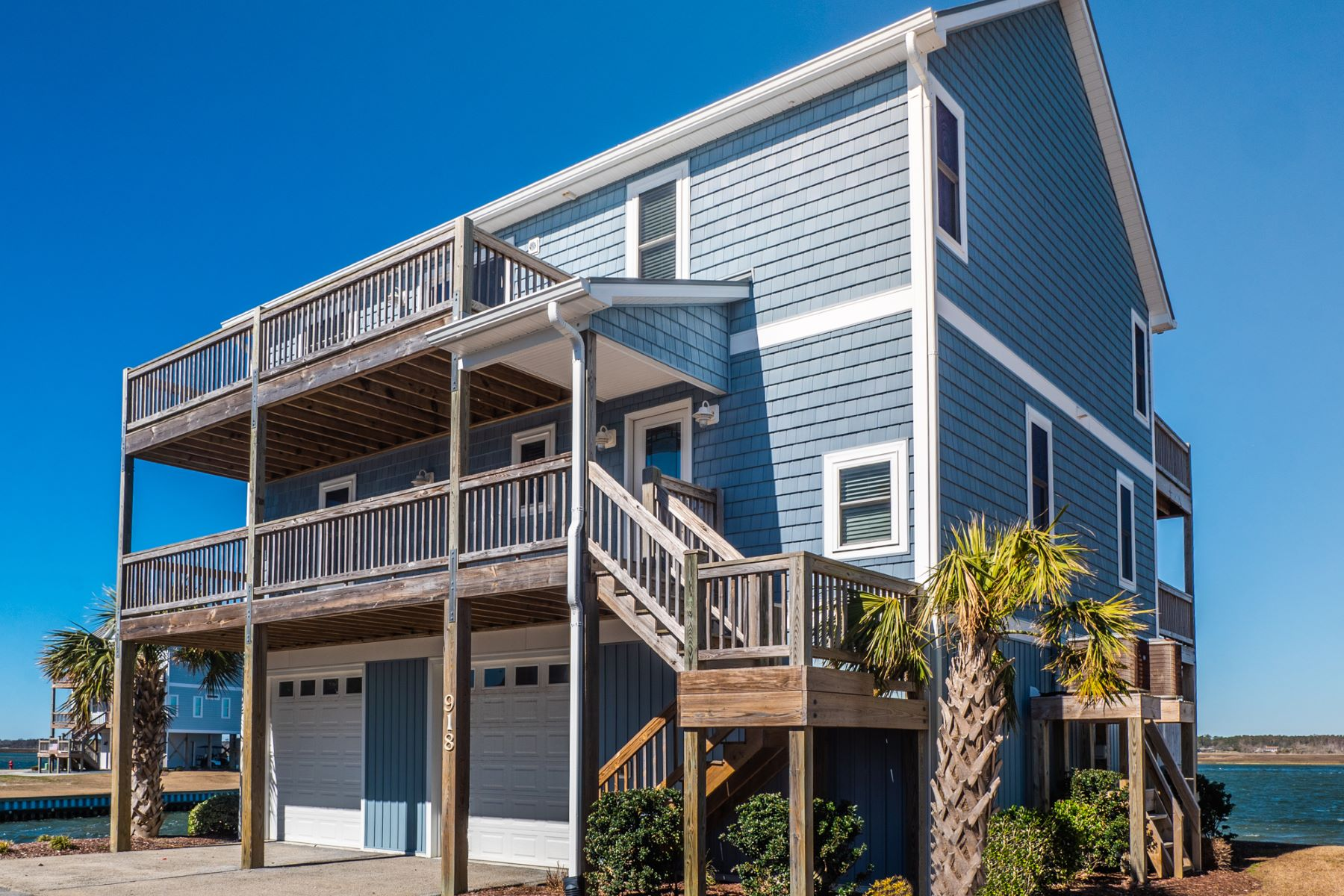 Single Family Home for Active at Savvy Sound Front Residence in Gated Community 918 Bumble Bee Lane Topsail Beach, North Carolina 28445 United States