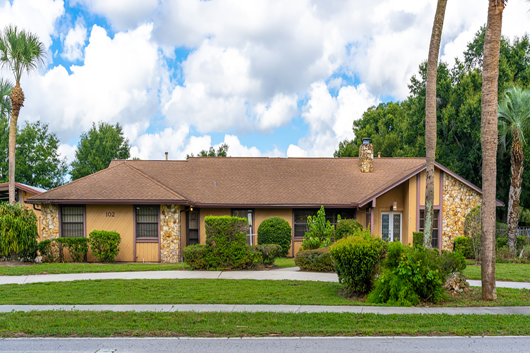 Single Family Homes for Sale at ORLANDO - ALTAMONTE SPRINGS 102 Camden Rd, Altamonte Springs, Florida 32714 United States