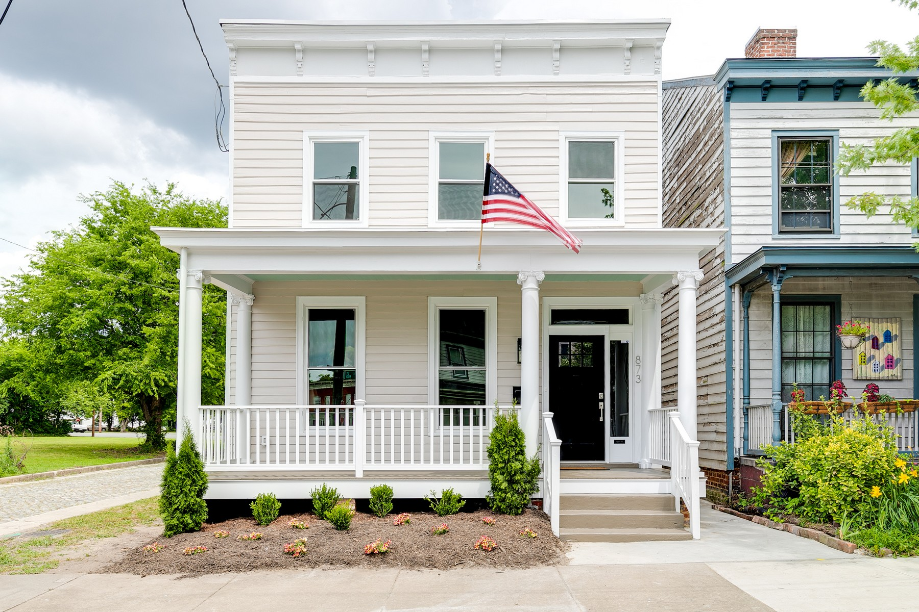 Single Family Homes for Active at 873 N. 22nd Street 873 22nd Street Richmond, Virginia 23223 United States