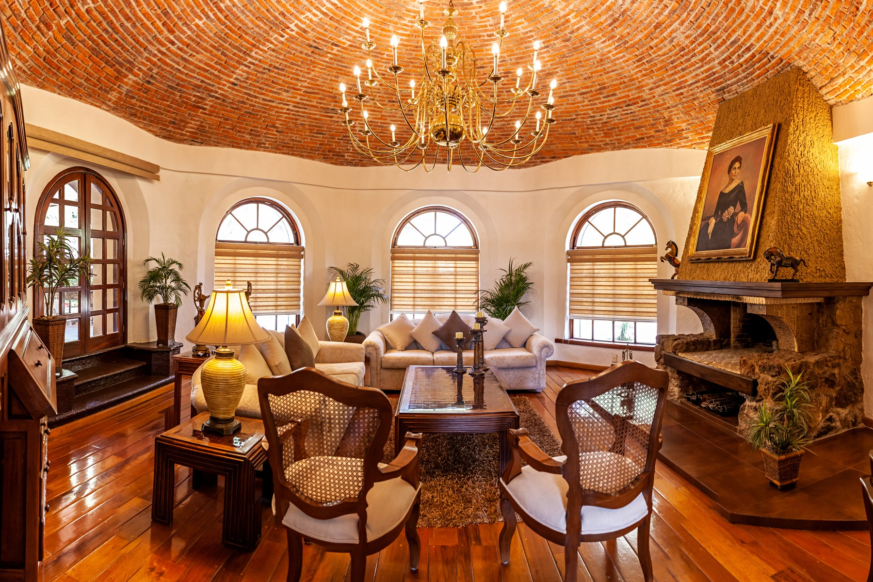 Single Family Homes 용 매매 에 Residencia El Pueblito, Santa Anita Golf Club, Tlajomulco de Zuñiga Guadalajara, Jalisco 45051 멕시코