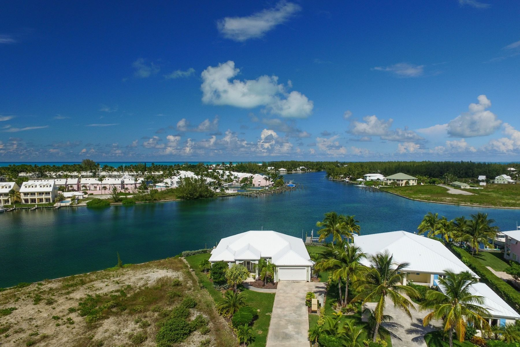Additional photo for property listing at King's Retreat Treasure Cay, 阿巴科 巴哈马