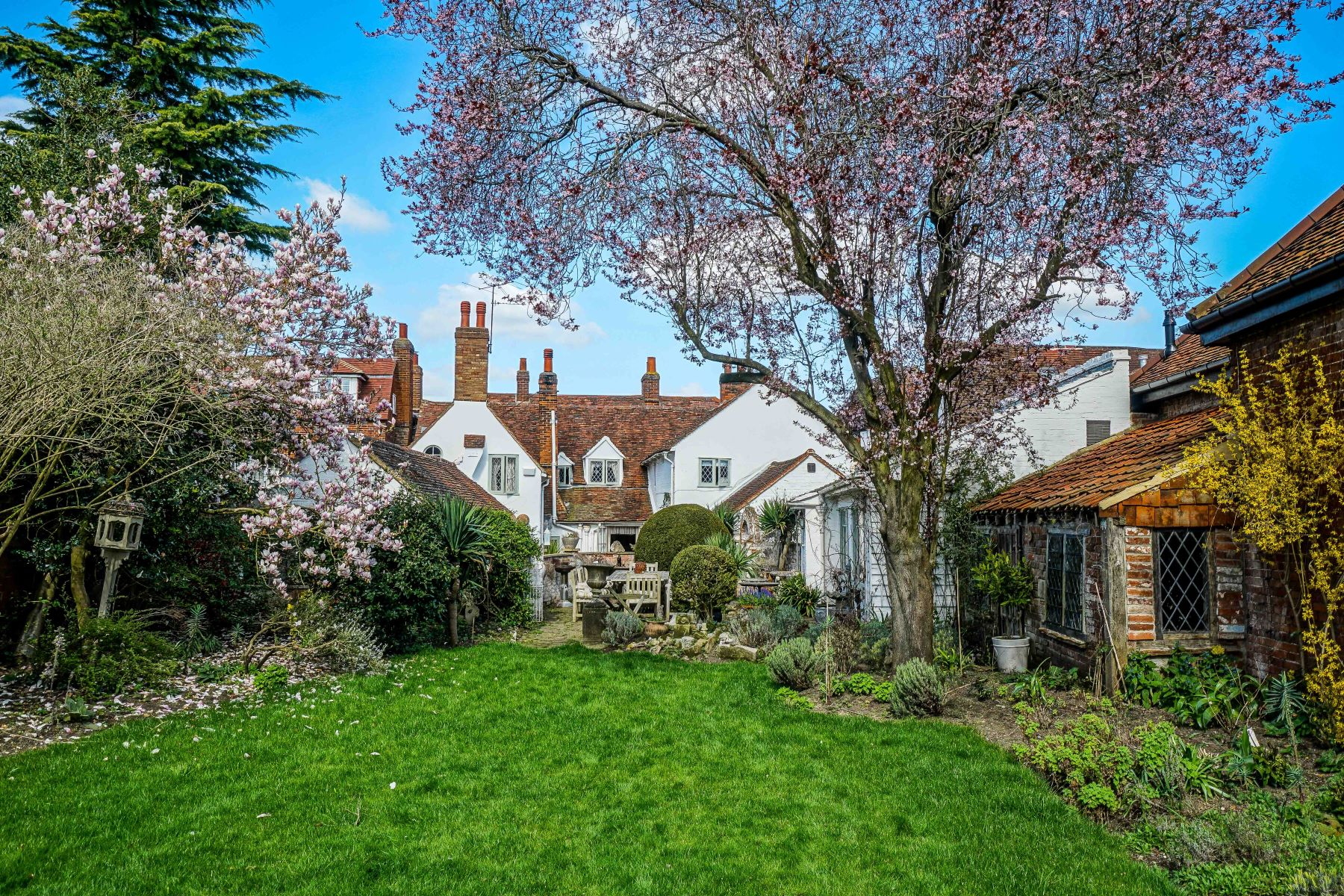 Single Family Homes for Sale at The Green Cottage High Street Cobham, England GU23 6BB United Kingdom