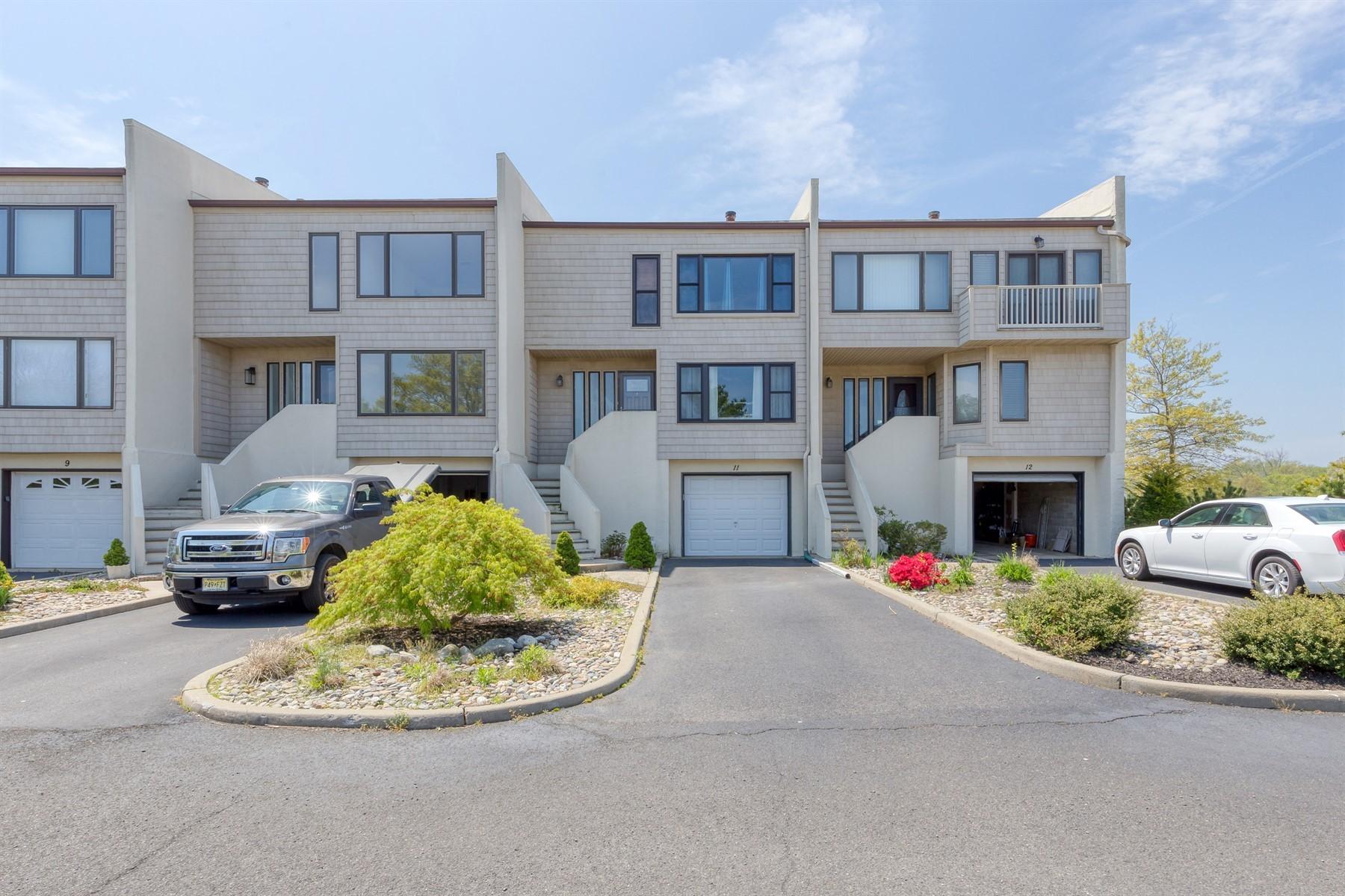 Single Family Homes для того Продажа на 57 Bridgewaters Drive 11 57 Bridgewaters 11, Oceanport, Нью-Джерси 07757 Соединенные Штаты