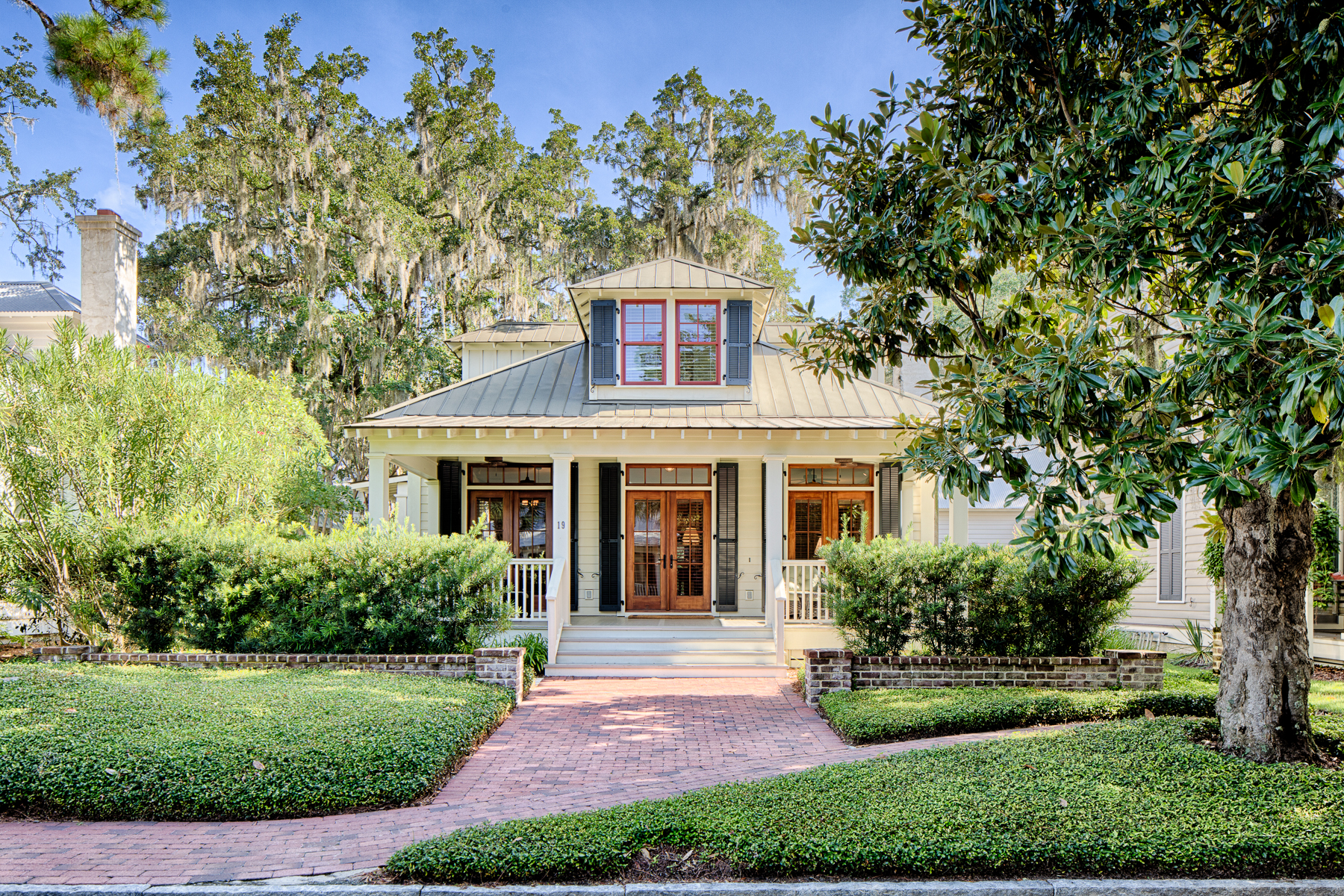Single Family Home for Sale at Palmetto Bluff 19 South Drayton Street, Bluffton, South Carolina 29910 United States