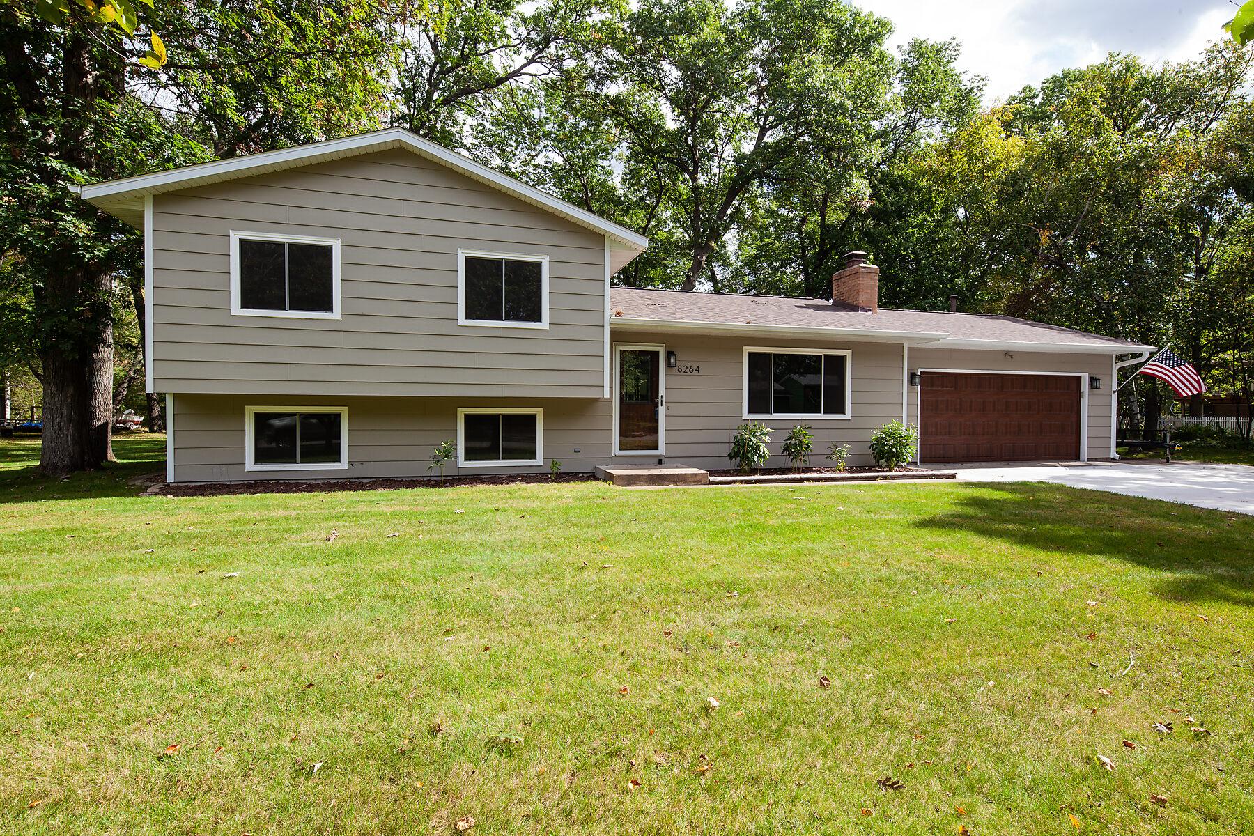 Single Family Homes voor Verkoop op Lino Lakes, Minnesota 55014 Verenigde Staten