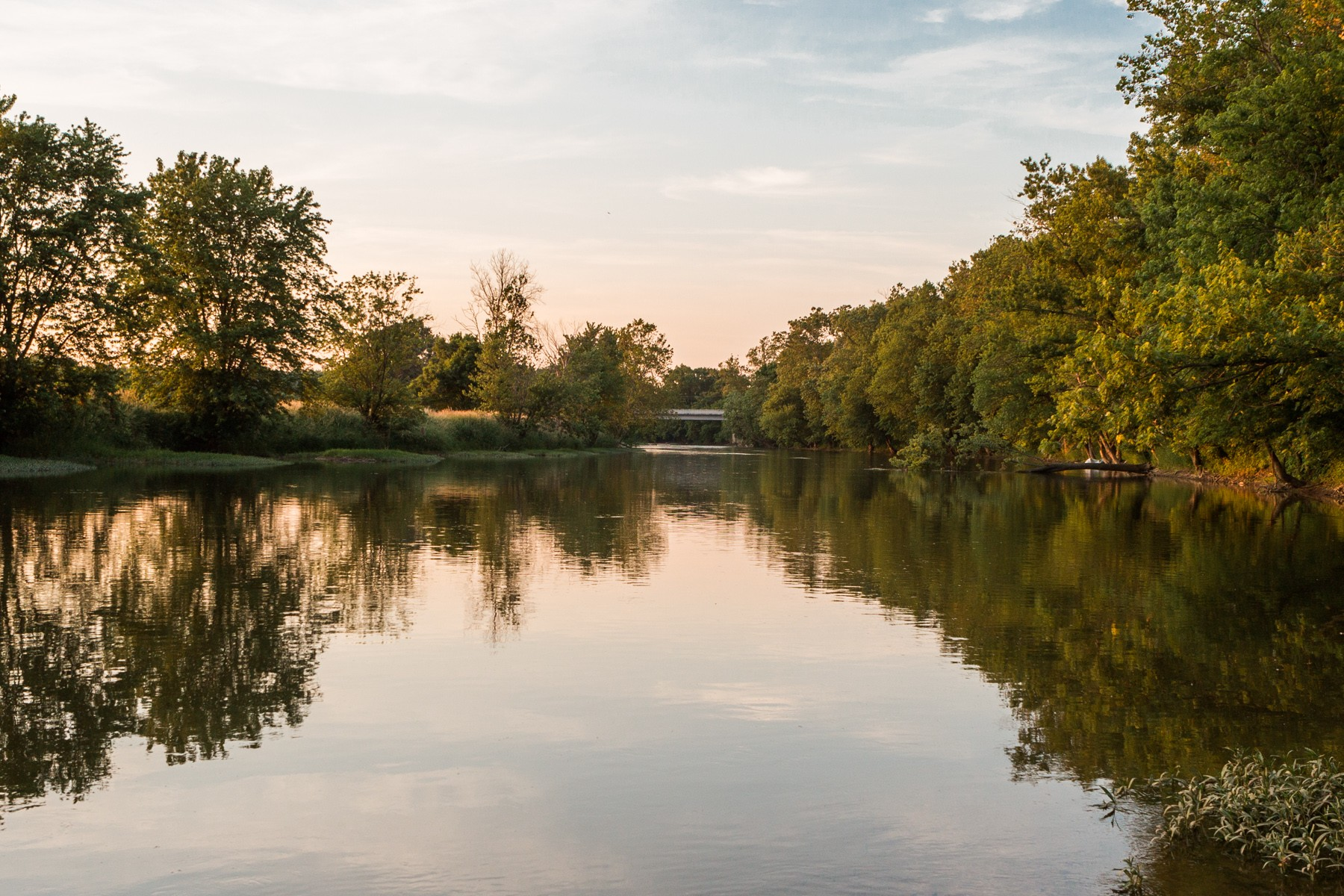 Additional photo for property listing at Spectacular lot on White River 140 White Oaks Street Fishers, Индиана 46038 Соединенные Штаты
