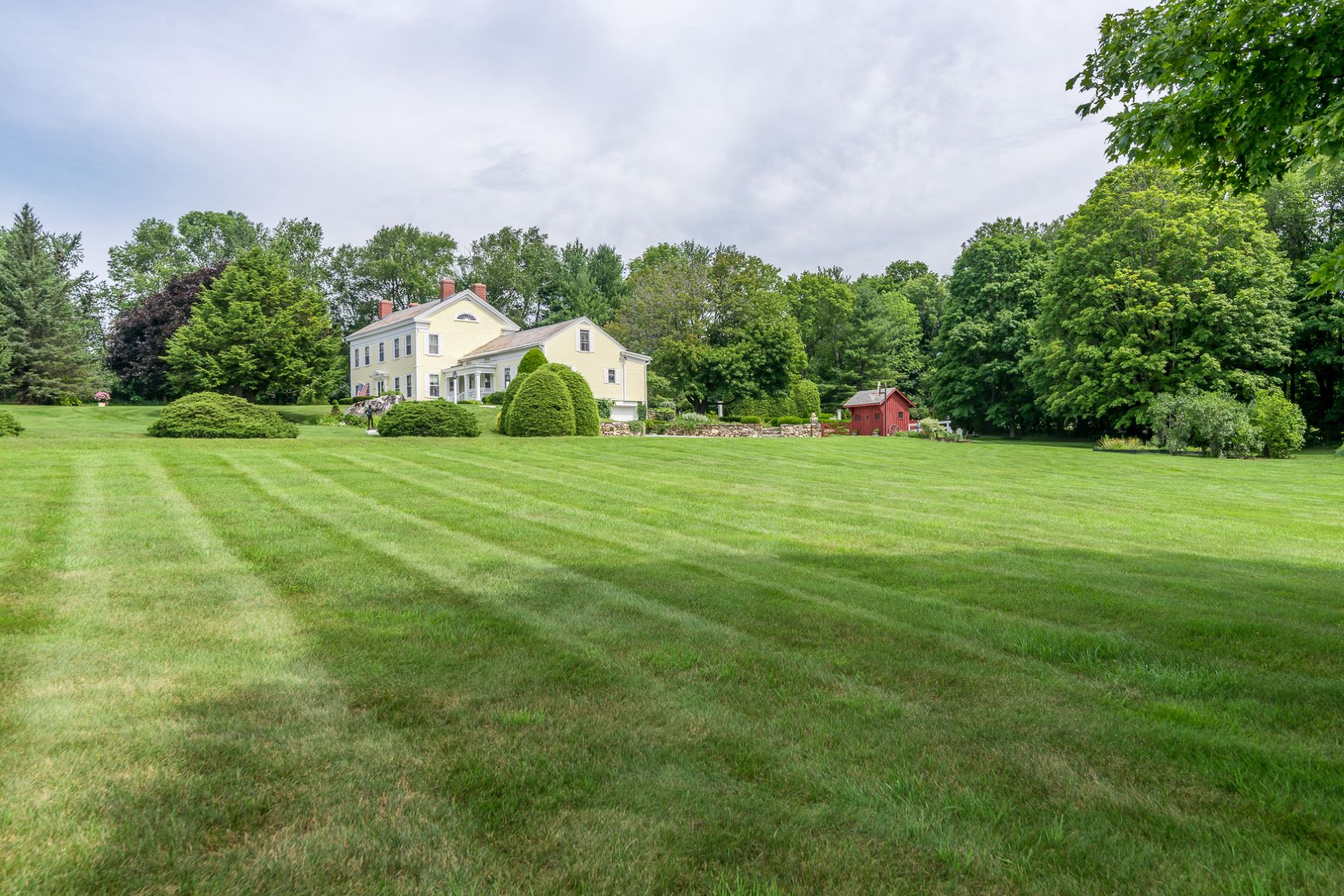 single family homes for Sale at The Landmark 164 Landmark Ln Manchester, Vermont 05255 United States