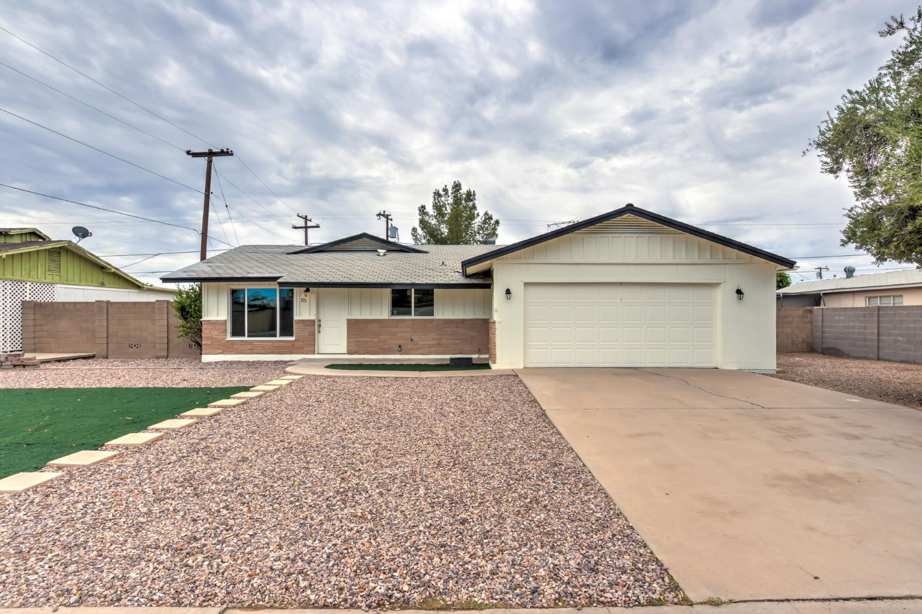 Single Family Home for Sale at Beautiful remodel with a pool in Chandler 771 W Ivanhoe St Chandler, Arizona 85225 United States