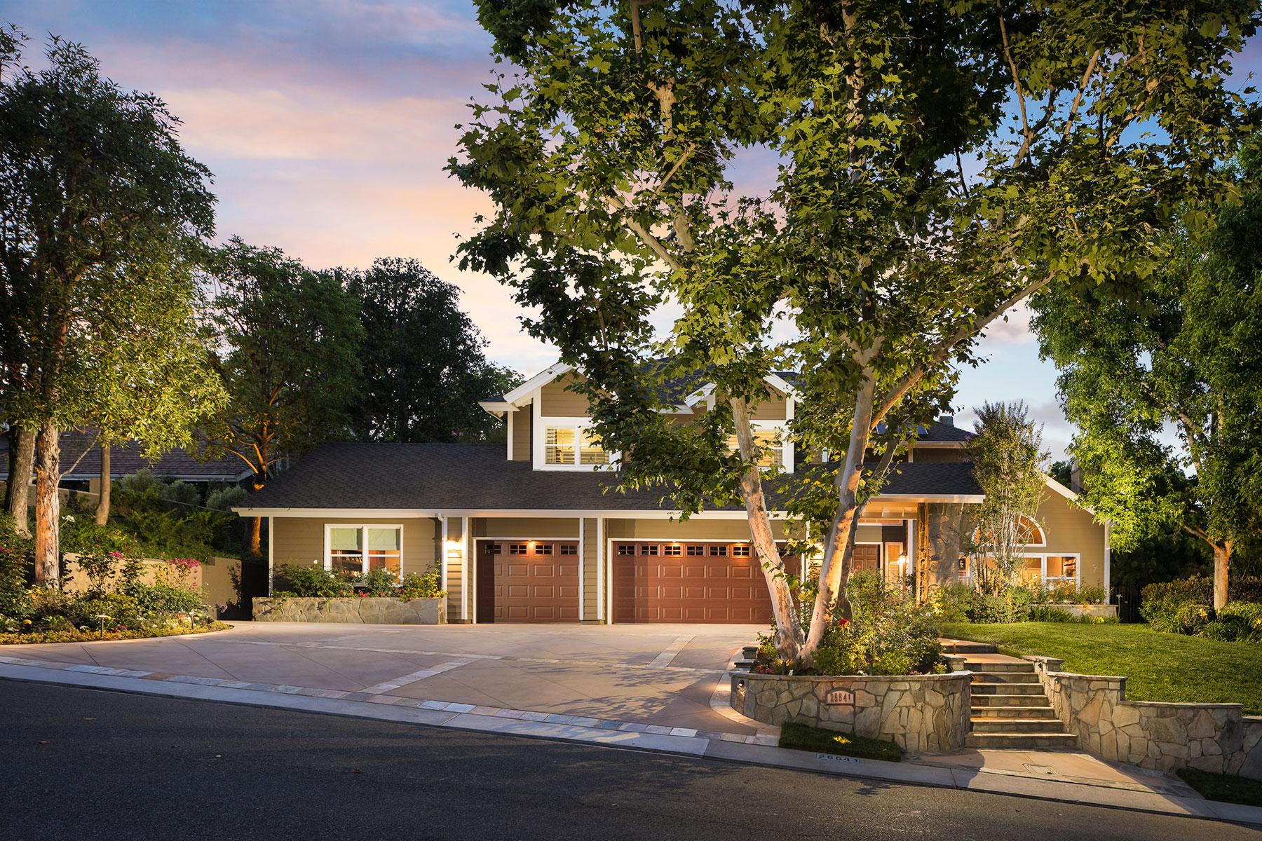 Moradia para Venda às 25541 Saddle Rock Laguna Hills, Califórnia, 92653 Estados Unidos