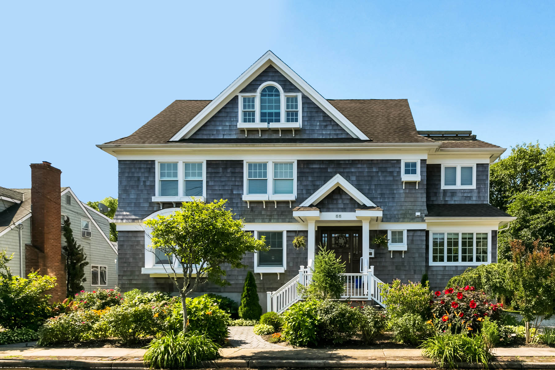 Single Family Homes for Active at Spacious Custom FEMA Compliant Bay Head Colonial 55 Egbert Street Bay Head, New Jersey 08742 United States