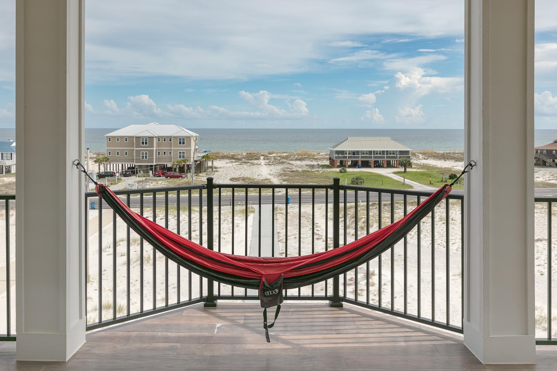 단독 가정 주택 용 매매 에 Lagoon Front 2512 W Beach Blvd Gulf Shores, 앨라바마 36542 미국