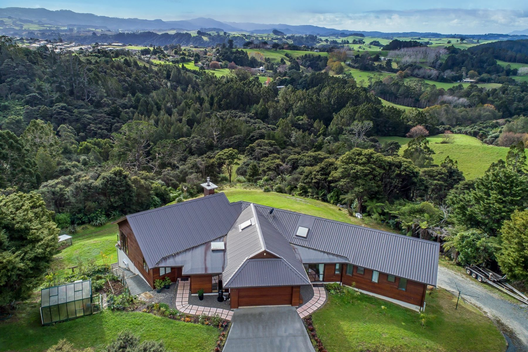 Single Family Home for Sale at Thompson Road Warkworth, Auckland, 0981 New Zealand