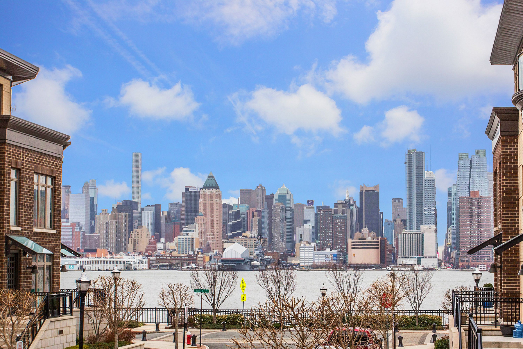 Condominiums for Rent at Henley On Hudson 200 Cambridge Way 20, Weehawken, New Jersey 07086 United States