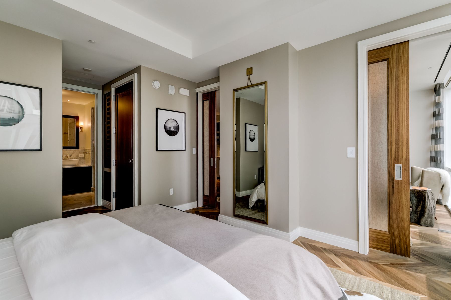 Additional photo for property listing at Four Seasons Residences 200 International Drive # 2007 Baltimore, Maryland 21202 United States