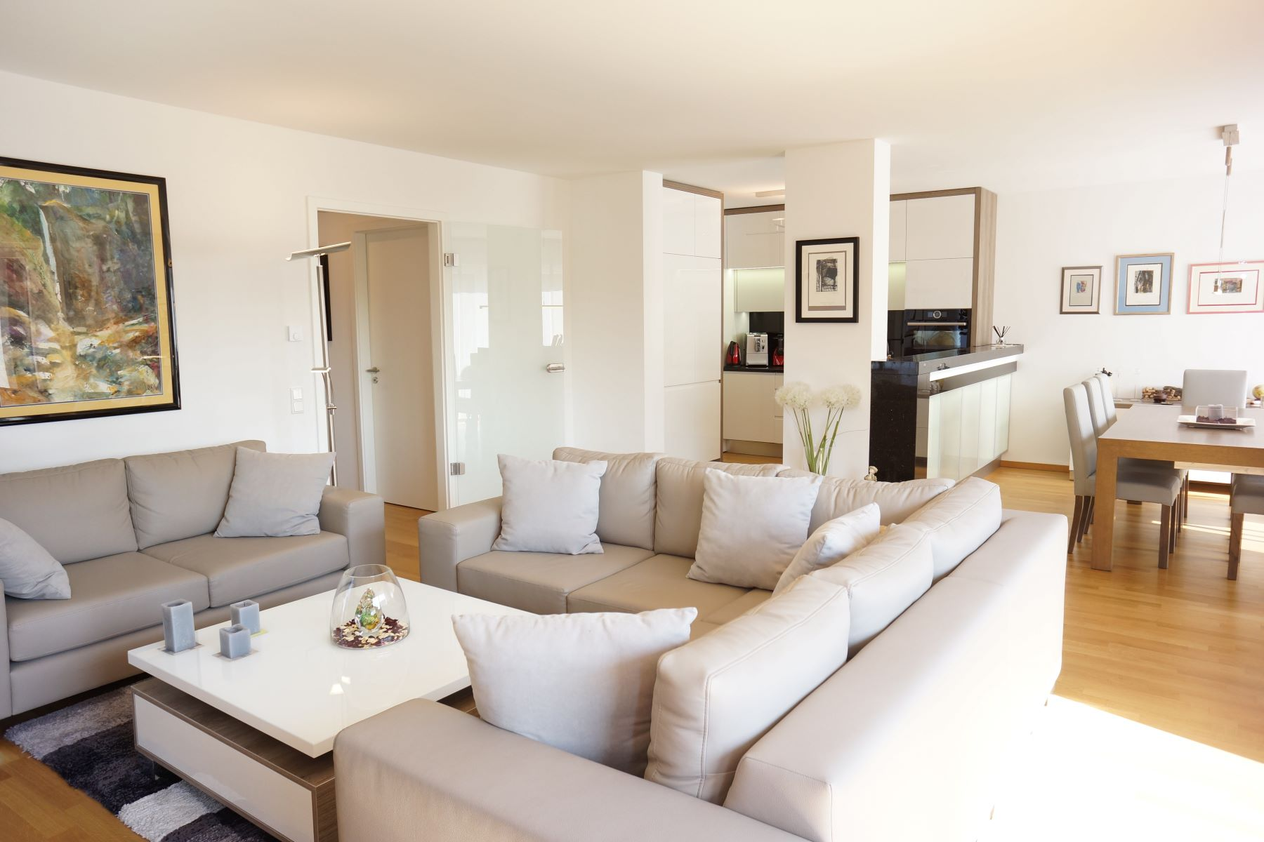 Condominiums for Sale at Exclusive, Very Well Equipped Condominium Dusseldorf, Nordrhein-Westfalen 40470 Germany