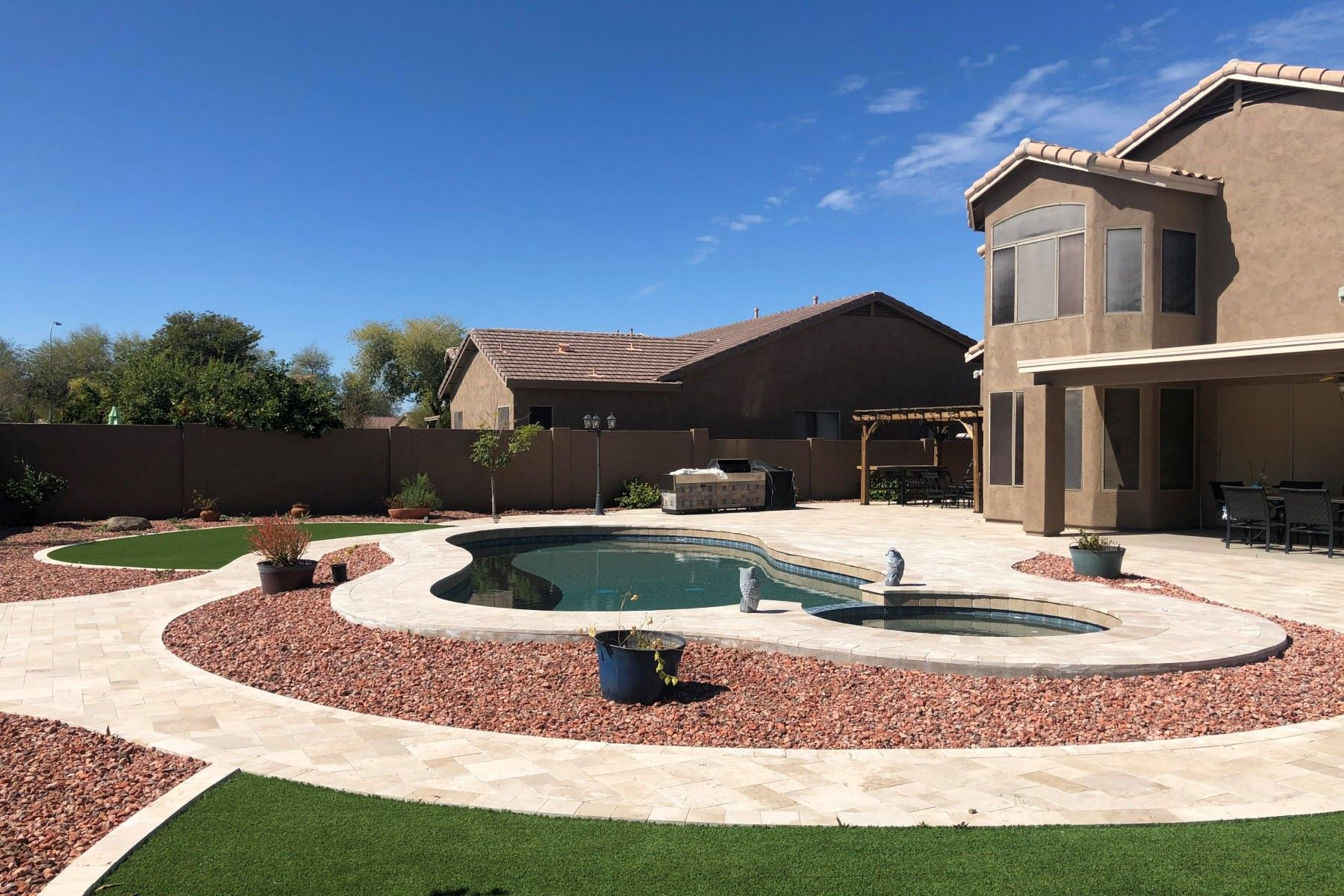 Single Family Homes 용 매매 에 Carino Estates 543 W CANARY WAY, Chandler, 아리조나 85286 미국