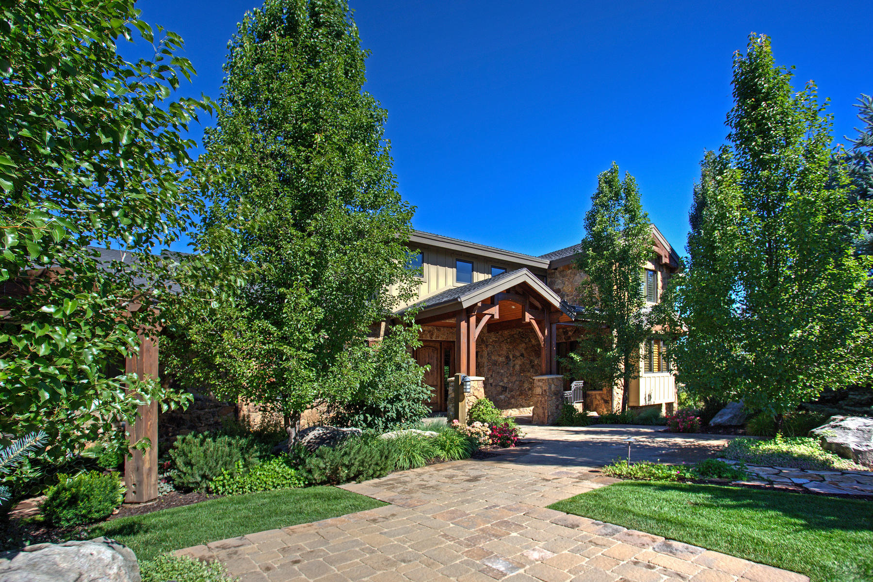 Casa Unifamiliar por un Venta en Spectacular Estate in Peterson, Utah 2907 N Ridges Rd Morgan, Utah, 84050 Estados Unidos