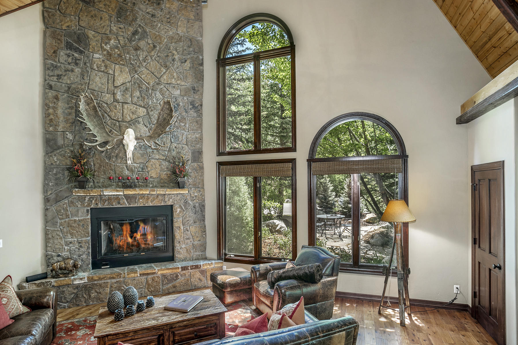 Additional photo for property listing at Hillside West Vail Home 2095 Vermont Rd. #West Vail, Colorado 81657 United States