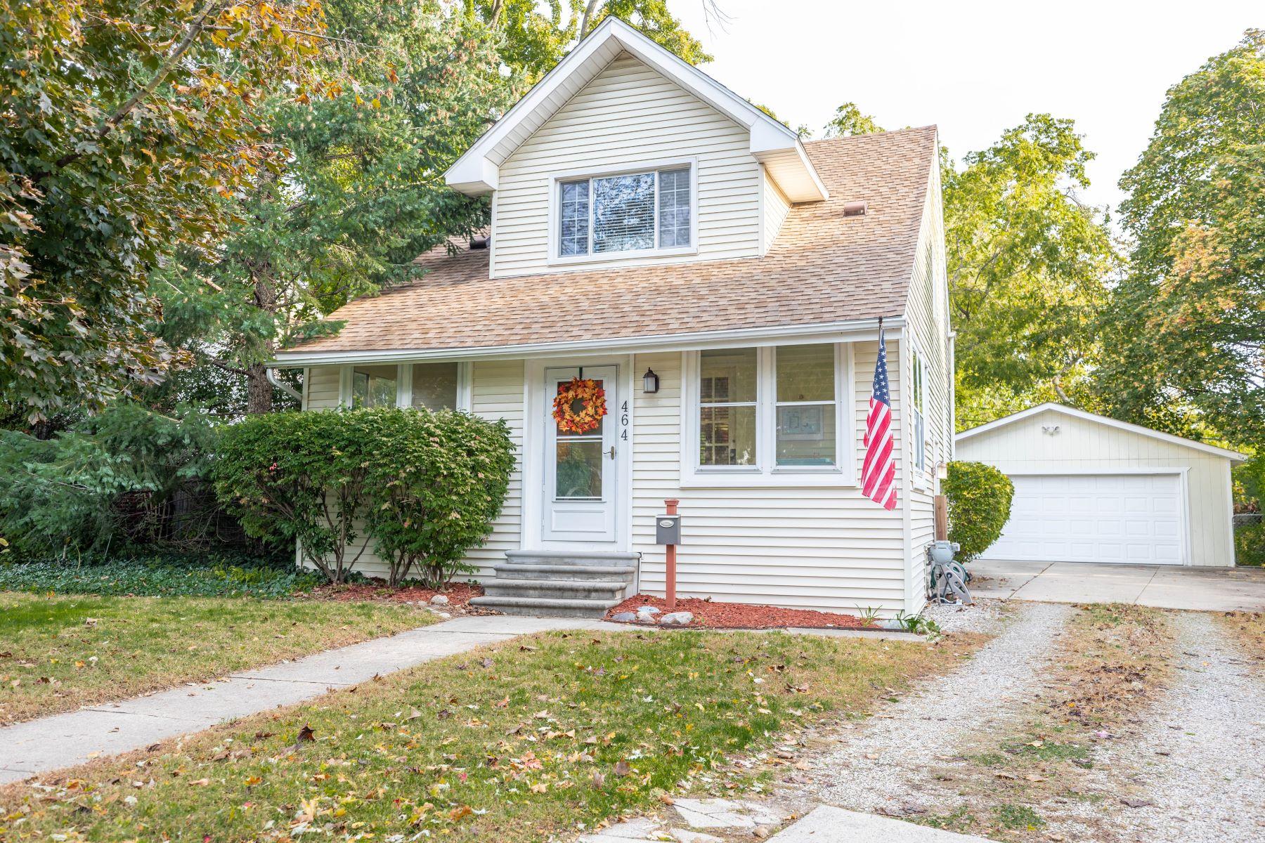 Single Family Homes 为 销售 在 Royal Oak 464 Cambridge Rd 罗雅尔奥克, 密歇根州 48067 美国