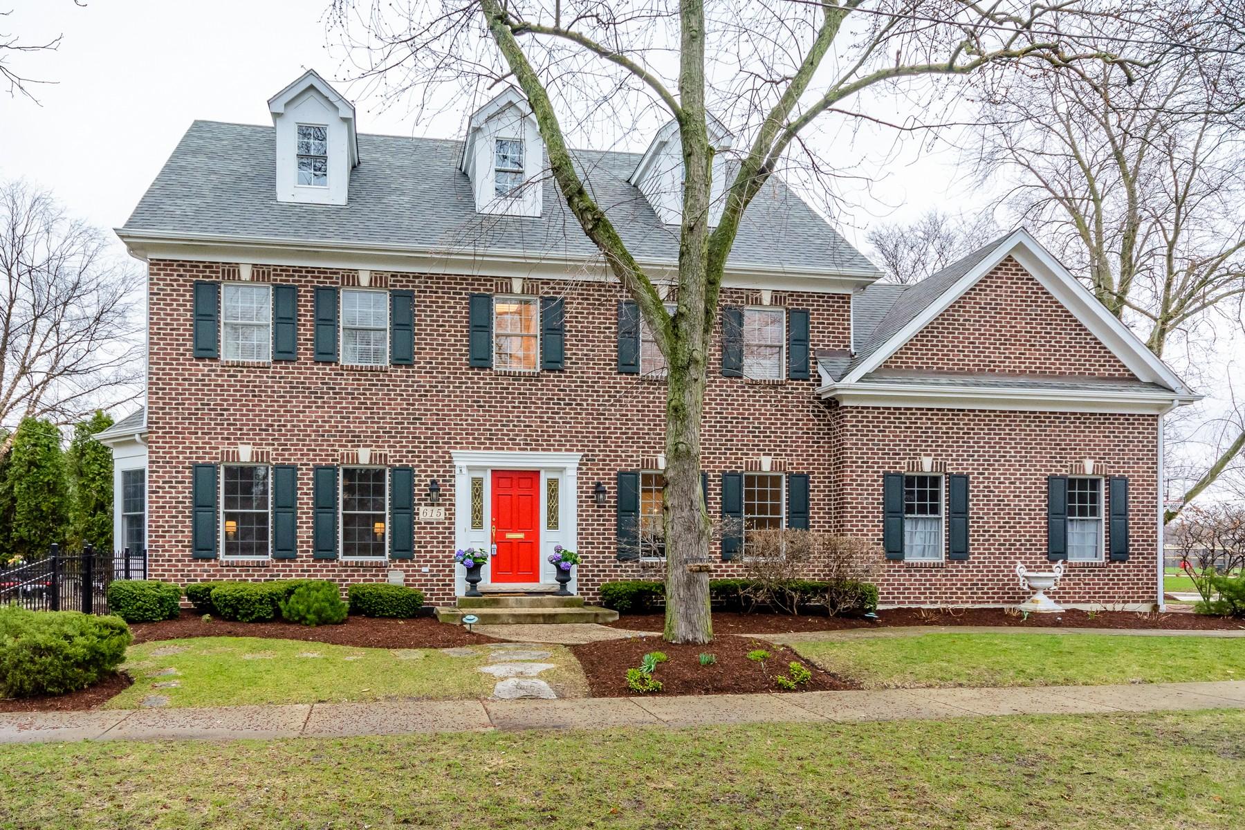 Maison unifamiliale pour l Vente à 615 E. Walnut Hinsdale, Illinois, 60521 États-Unis