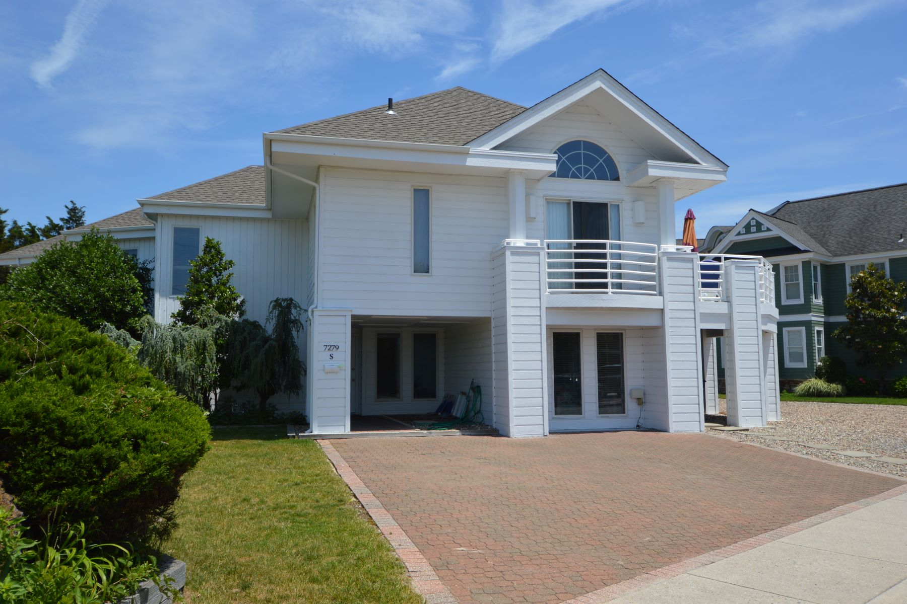 Townhouse for Rent at 7279 Dune Drive 7279 Dune Drive South Unit, Avalon, New Jersey 08202 United States
