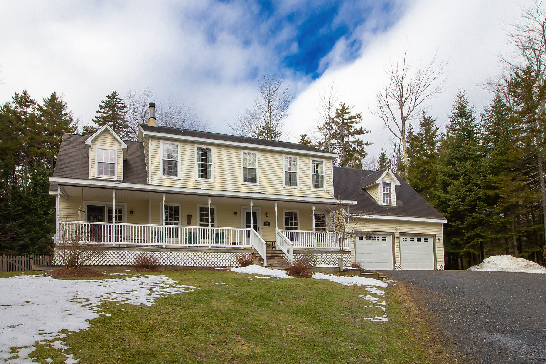 Single Family Homes for Sale at 67 Stugger Road Dover, Vermont 05356 United States