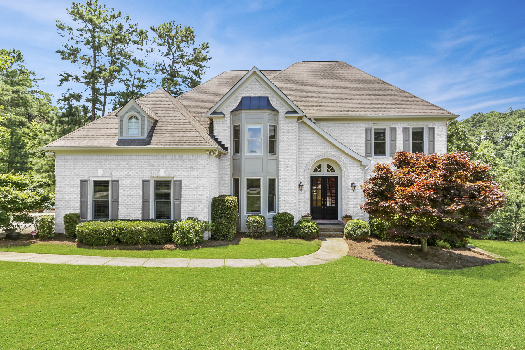 Single Family Home for Sale at Amazing Home on Fabulous Cul De Sac Lot Near Downtown 1500 Eversedge Dr Alpharetta, Georgia 30009 United States