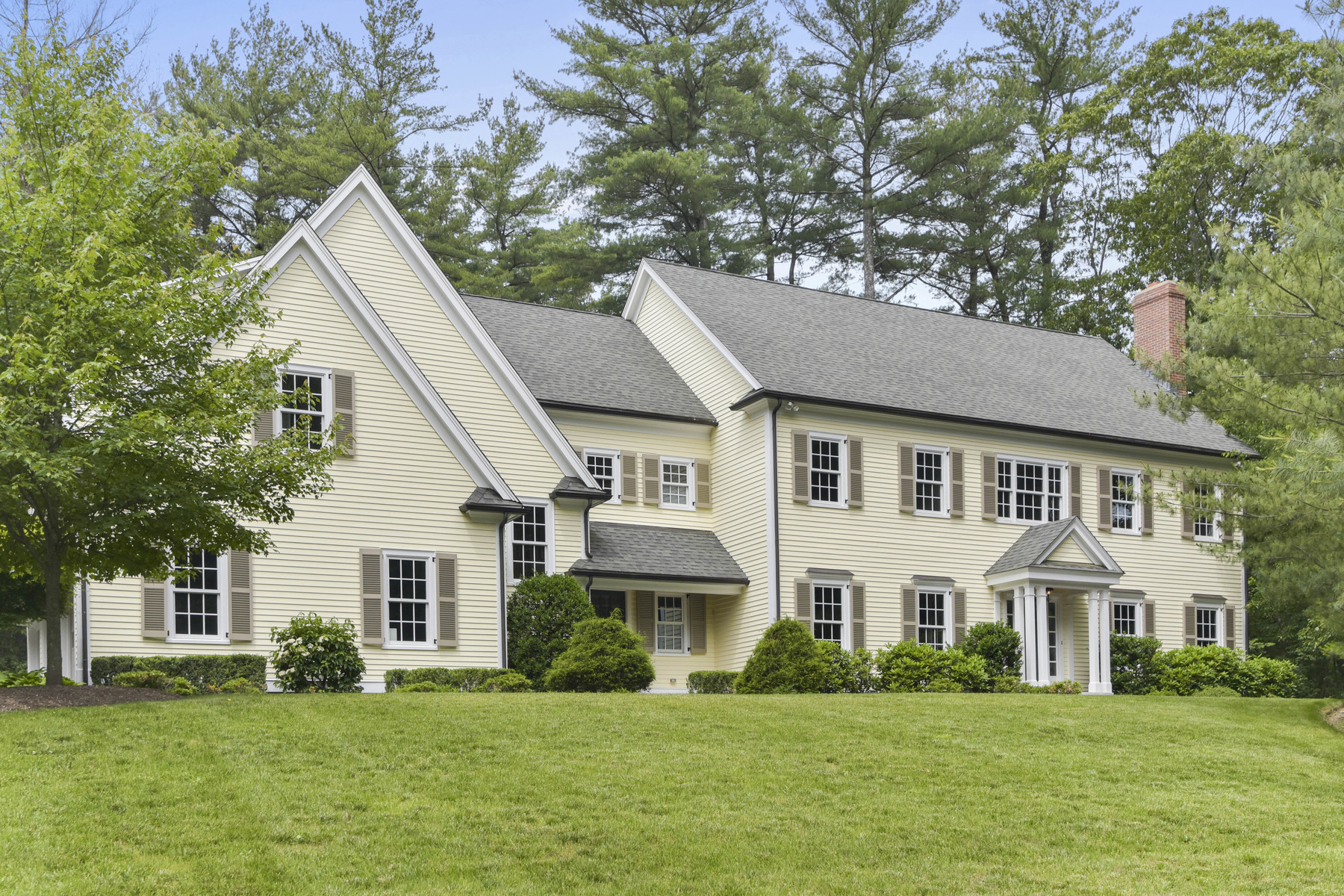 Single Family Home for Sale at This splendid home boasts over 5,200 sq. ft. 81 Montvale Road Weston, Massachusetts 02493 United States