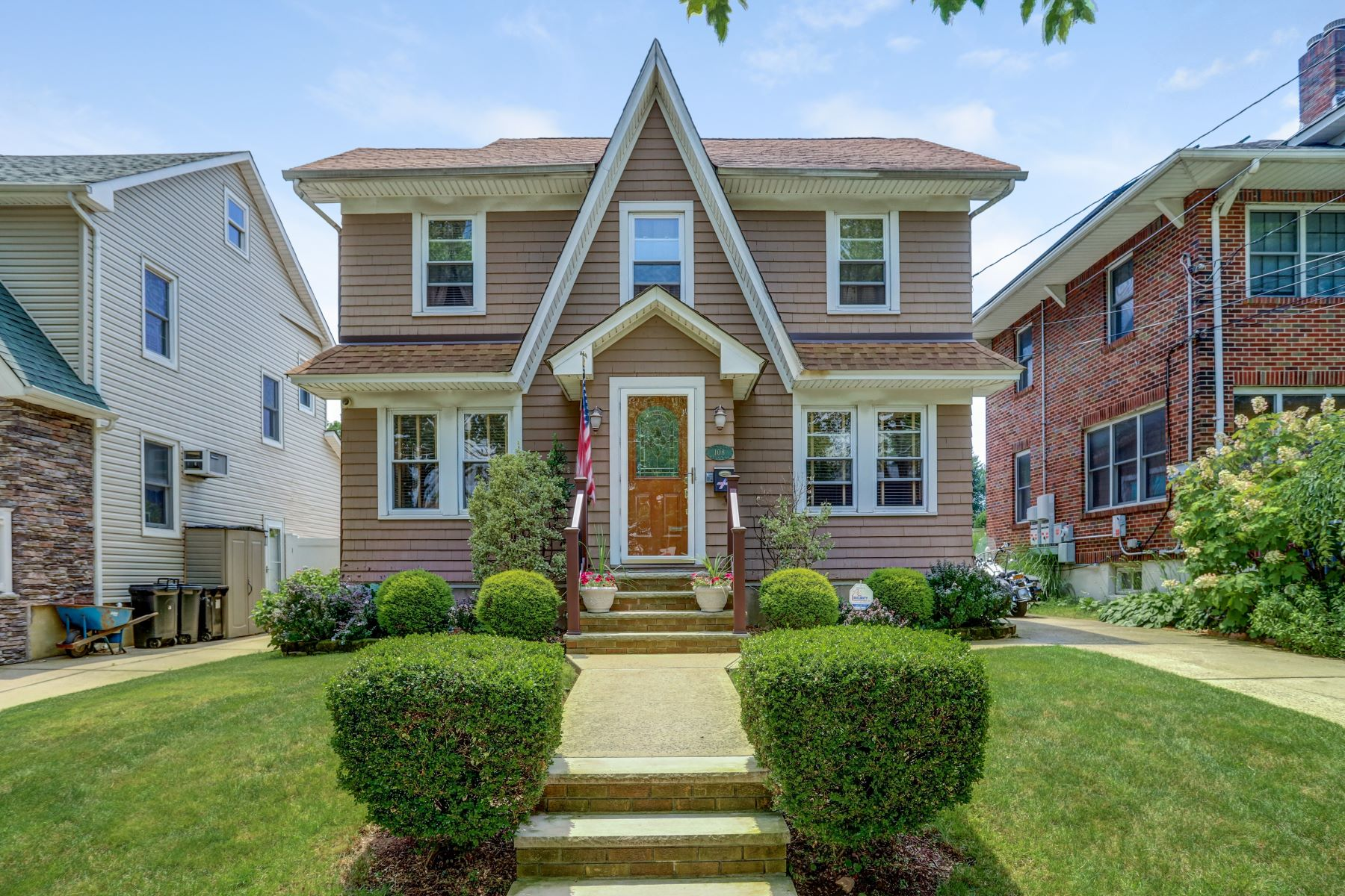 Single Family Homes for Sale at Quintessential Westerleigh Colonial 108 Riegelmann Street Staten Island, New York 10302 United States