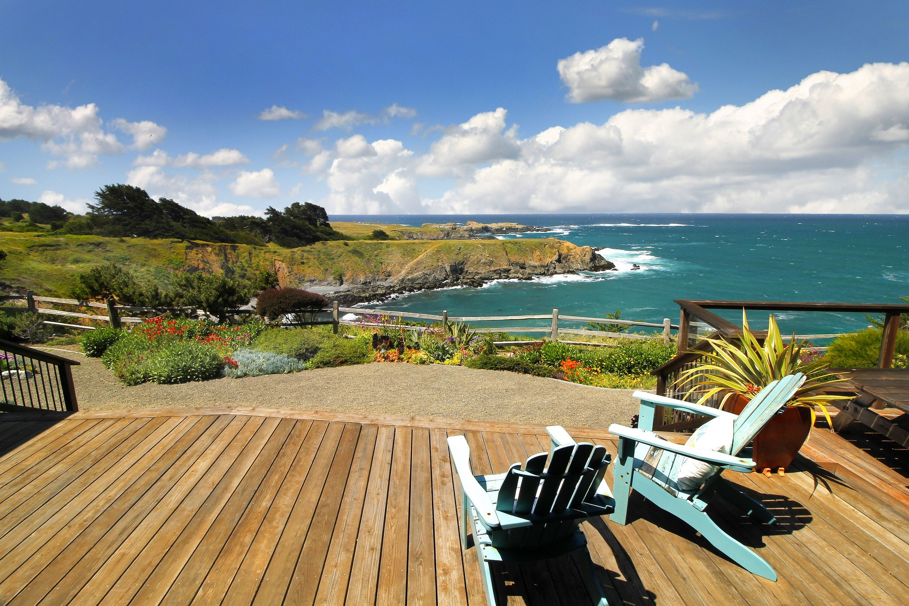 Single Family Home for Sale at Casa Pacifica 11050 Lansing Street Mendocino, California, 95460 United States