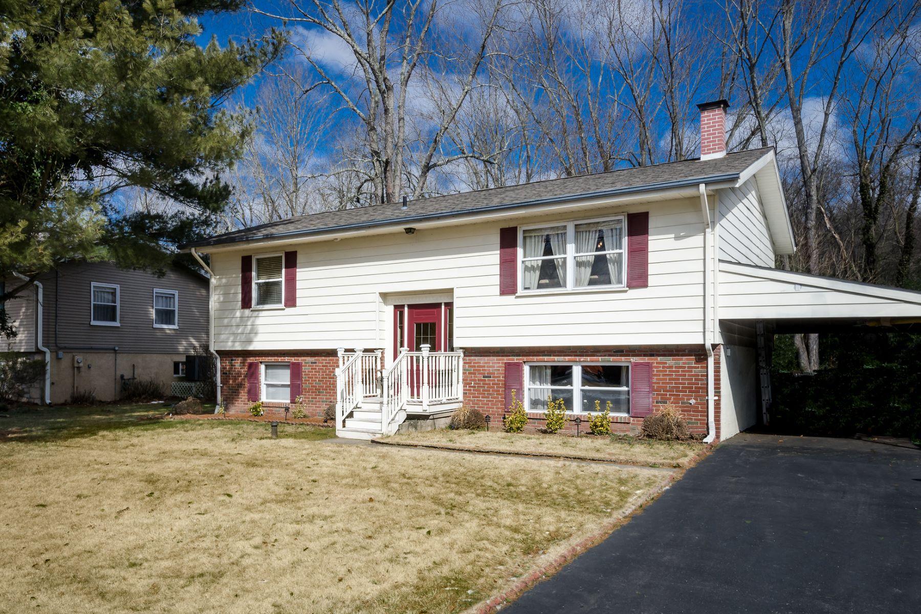 Maison unifamiliale pour l Vente à There's A Lot To Love Here 15 Mill Street Stockton, New Jersey, 08559 États-Unis