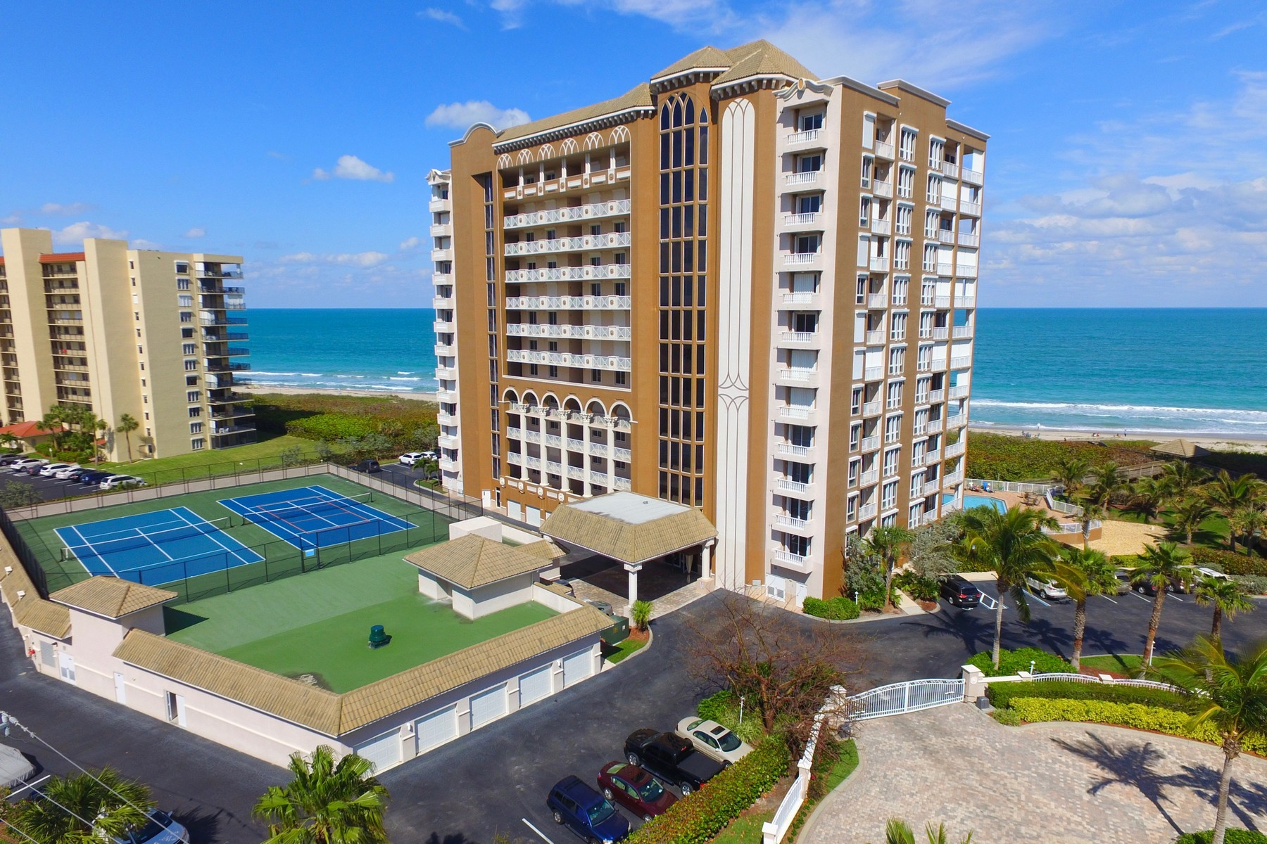 Condominiums for Sale at Experience Sea Side Elegance in this Seveth Floor Condo! 4160 N Highway A1A #707A Hutchinson Island, Florida 34949 United States