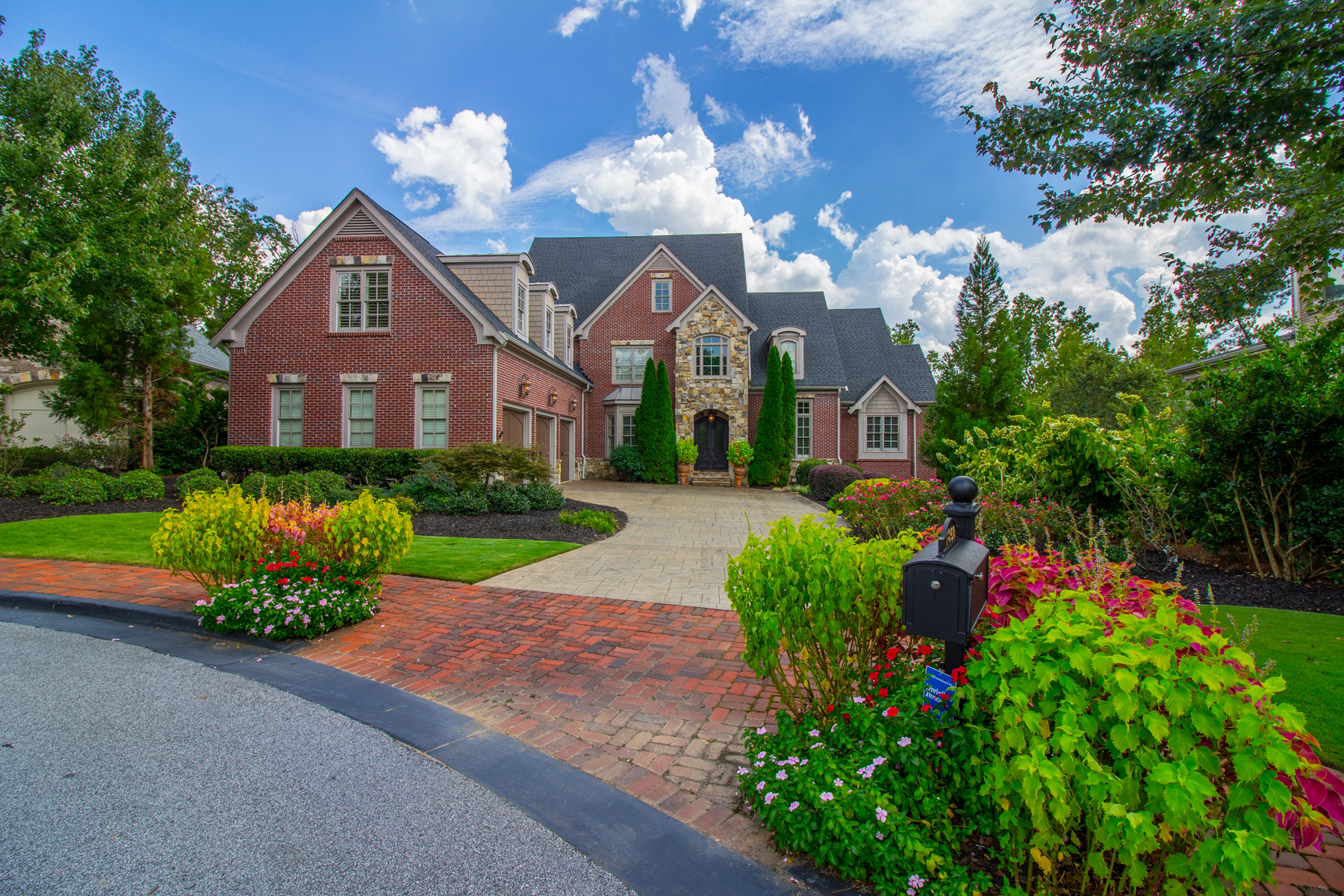 Single Family Home for Active at Stunning East Cobb Masterpiece 1850 High Trail Atlanta, Georgia 30339 United States