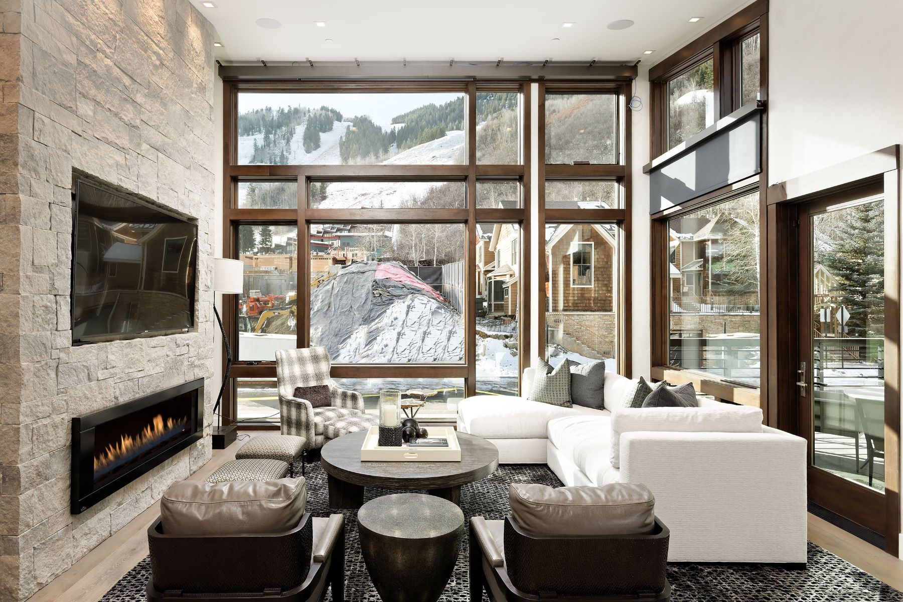 Additional photo for property listing at Downtown Masterpiece 120 S Juan Street Aspen, Colorado 81611 United States