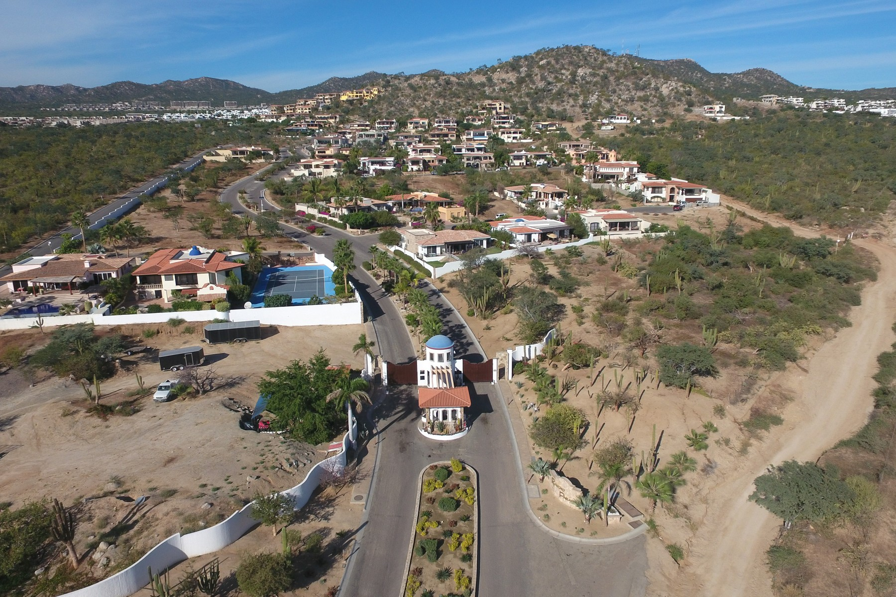 Additional photo for property listing at Lote 12F Rancho Paraiso Lote 12F Paseo San Jorge Cabo San Lucas, Baja California Sur 23454 Mexico
