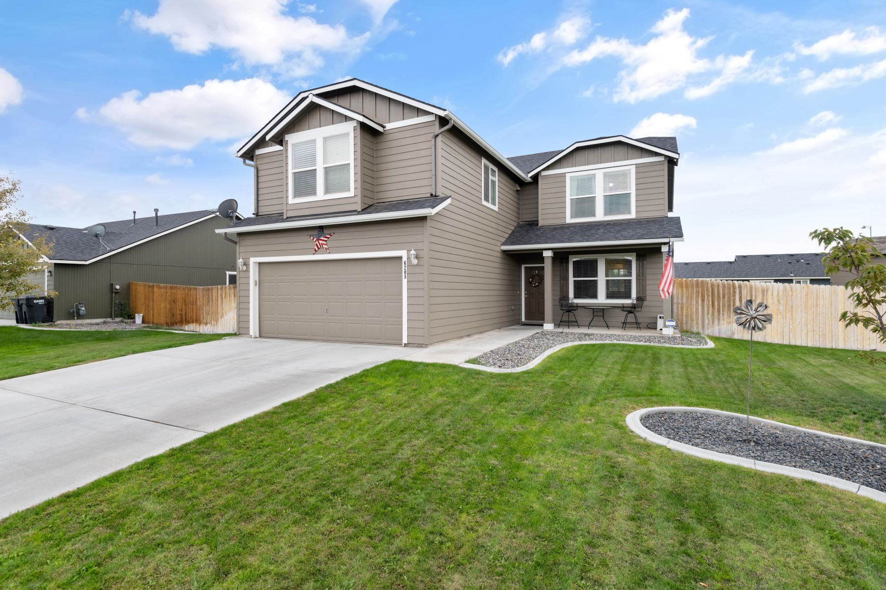 Single Family Homes for Sale at In-Laws Apartment 6208 Westport Lane Pasco, Washington 99301 United States