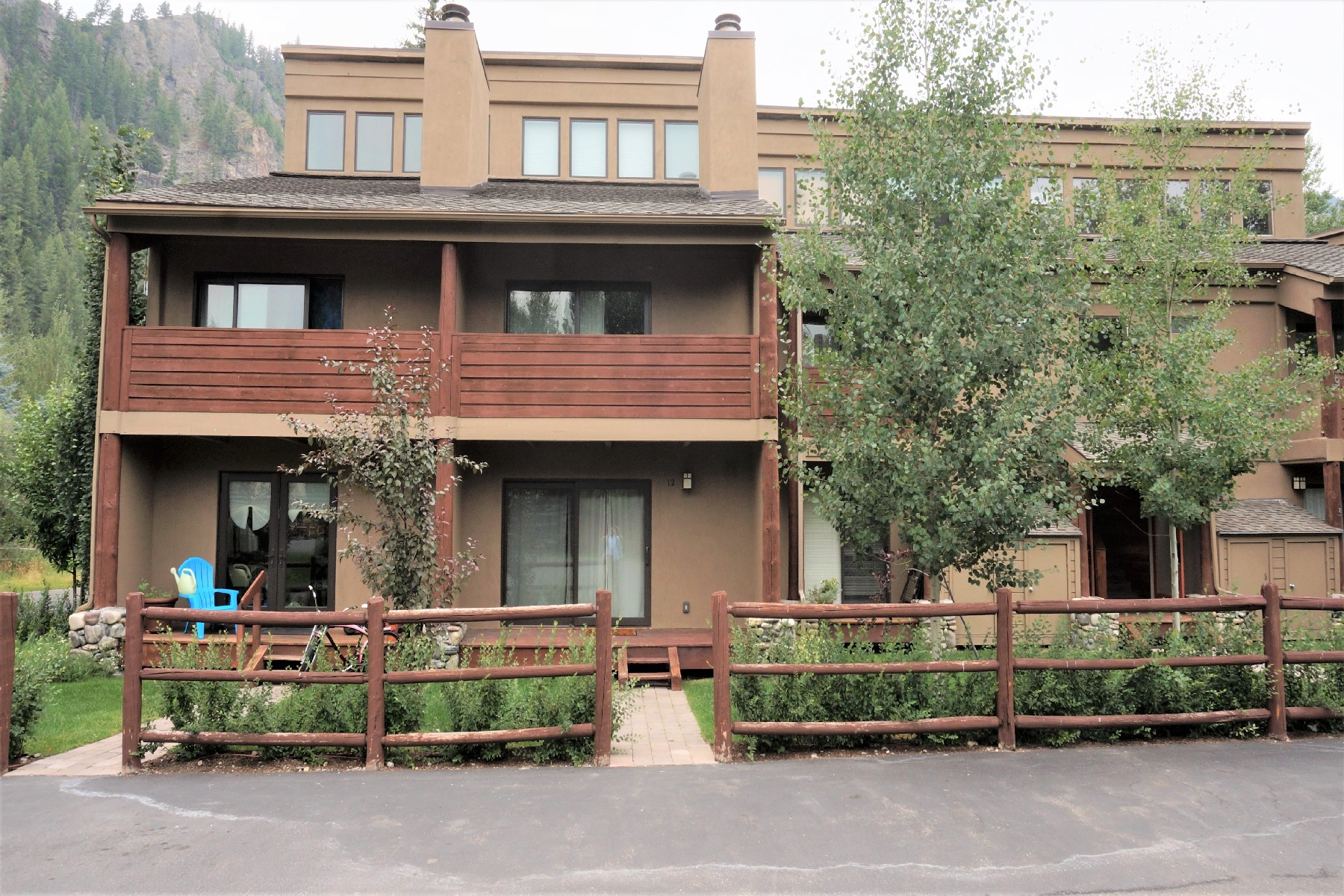 Single Family Home for Sale at Rare River Run 126 Bird Dr #12 Ketchum, Idaho 83340 United States
