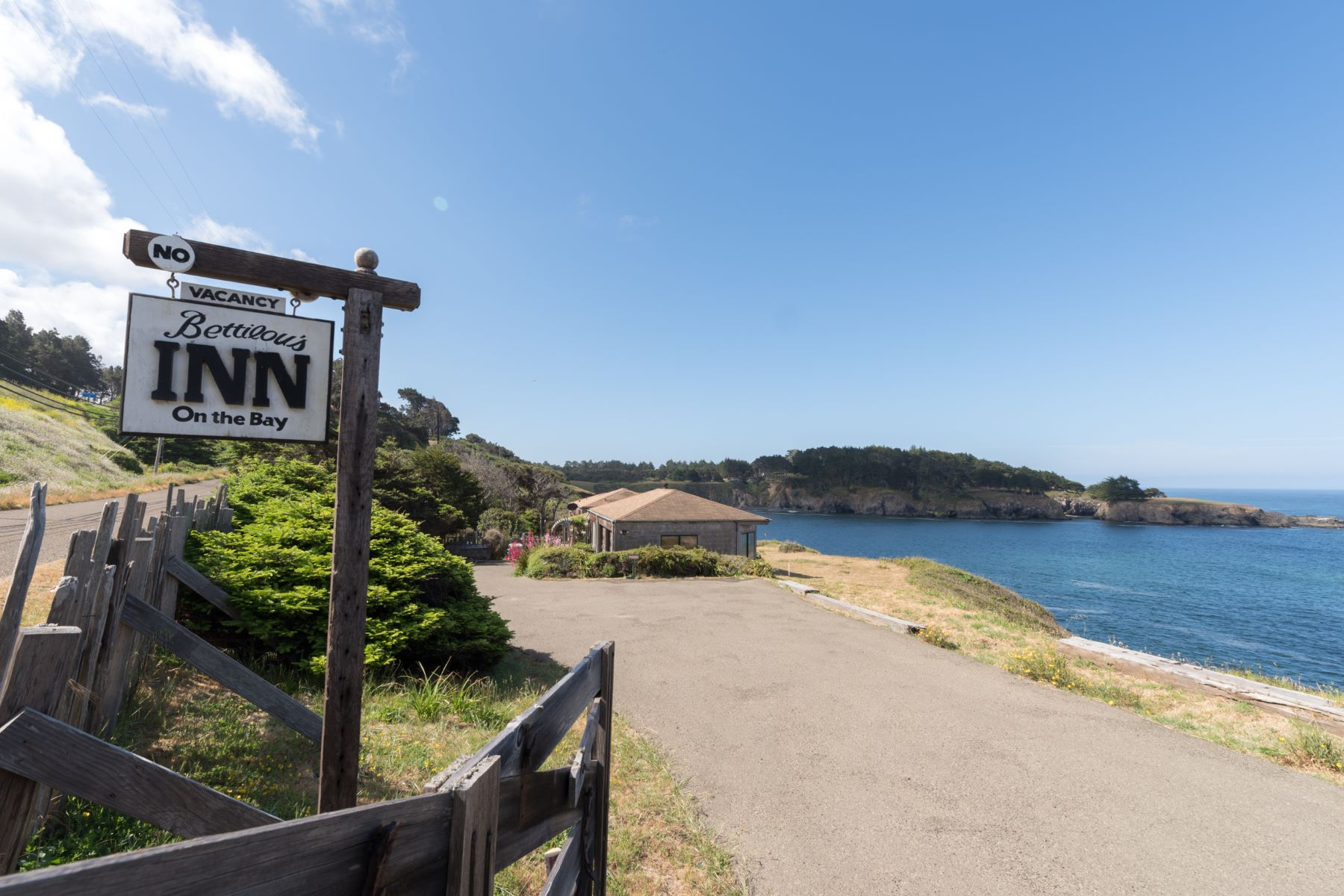 Additional photo for property listing at Iconic Views of Mendocino 9600 N Hwy One Mendocino, California 95460 United States