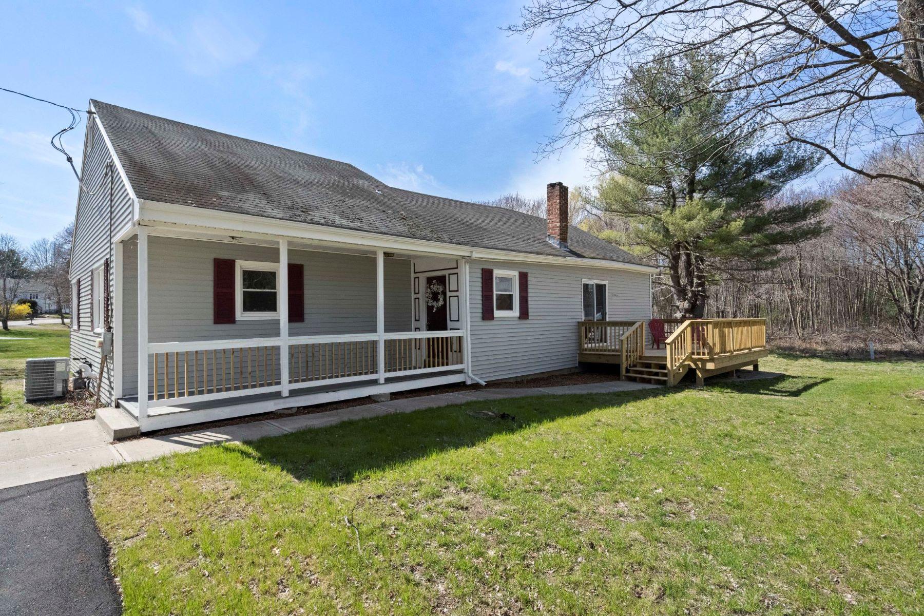Single Family Homes για την Πώληση στο Medway, Μασαχουσετη 02053 Ηνωμένες Πολιτείες
