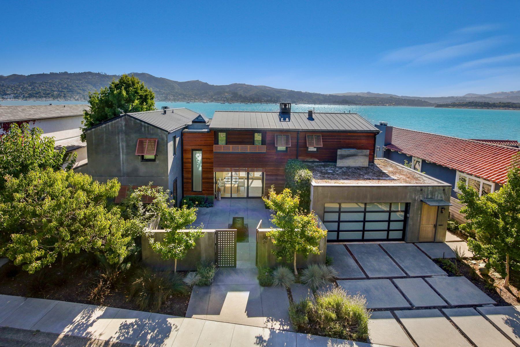 Single Family Homes para Venda às State-of-art extreme high-quality home! 39 West Shore Road, Belvedere, Califórnia 94920 Estados Unidos