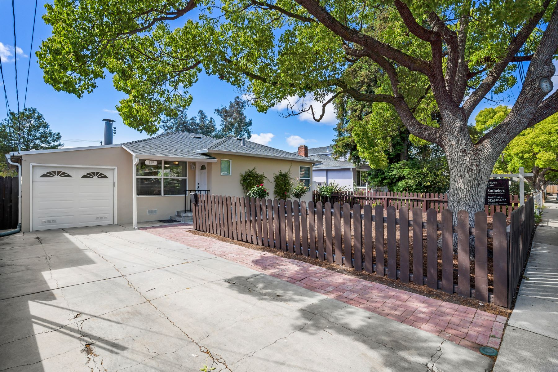 Single Family Homes for Active at Charming Two Bedroom in Redwood Village 619 Flynn Avenue Redwood City, California 94063 United States