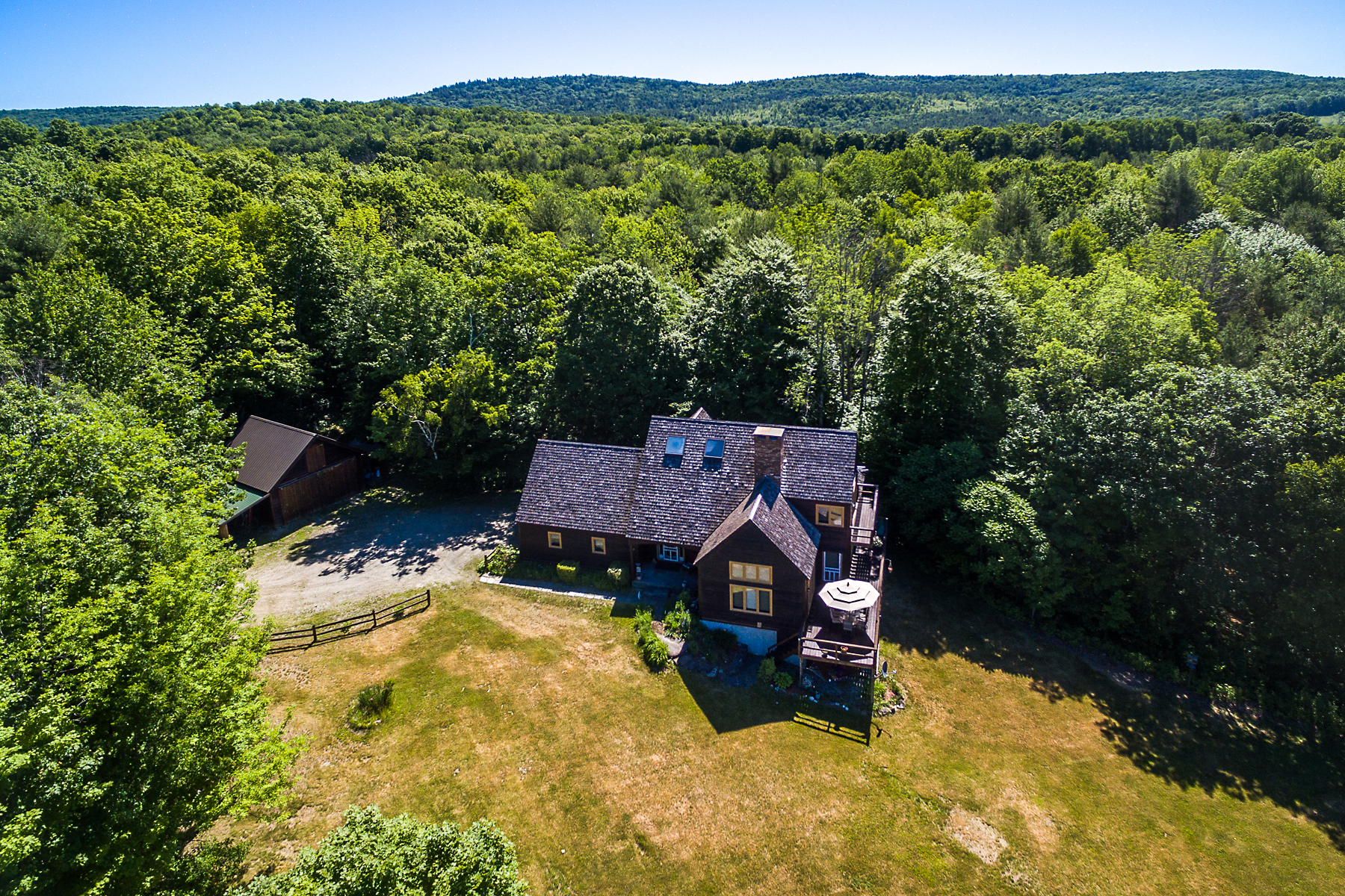 Single Family Homes for Sale at Spacious Home on 27 Acres with Beautiful Views! 322 Stone Hill Farm Rd Weathersfield, Vermont 05151 United States