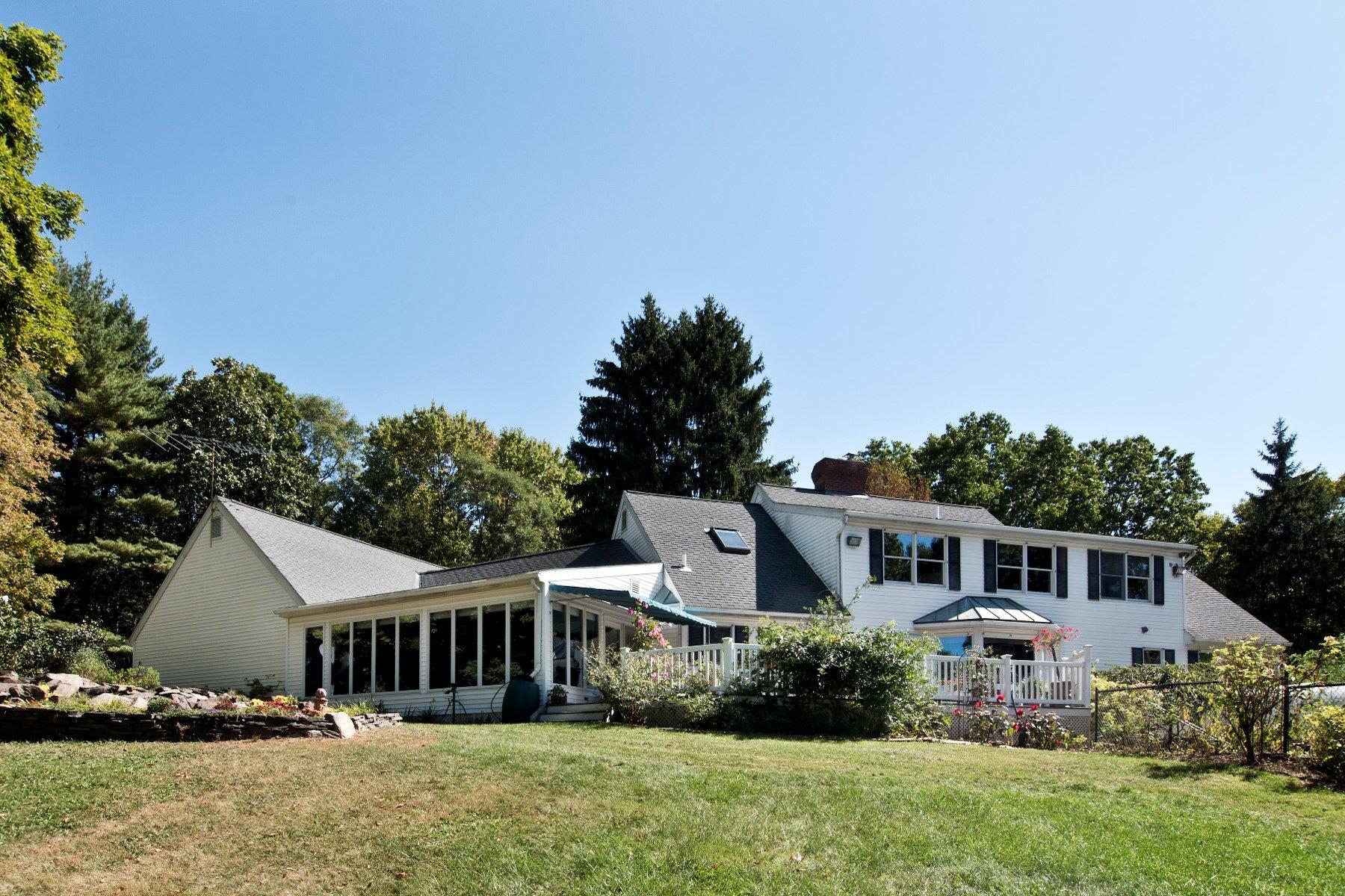 独户住宅 为 销售 在 Vanderbilt Lane 24 Vanderbilt Lane Hyde Park, 纽约州, 12538 美国